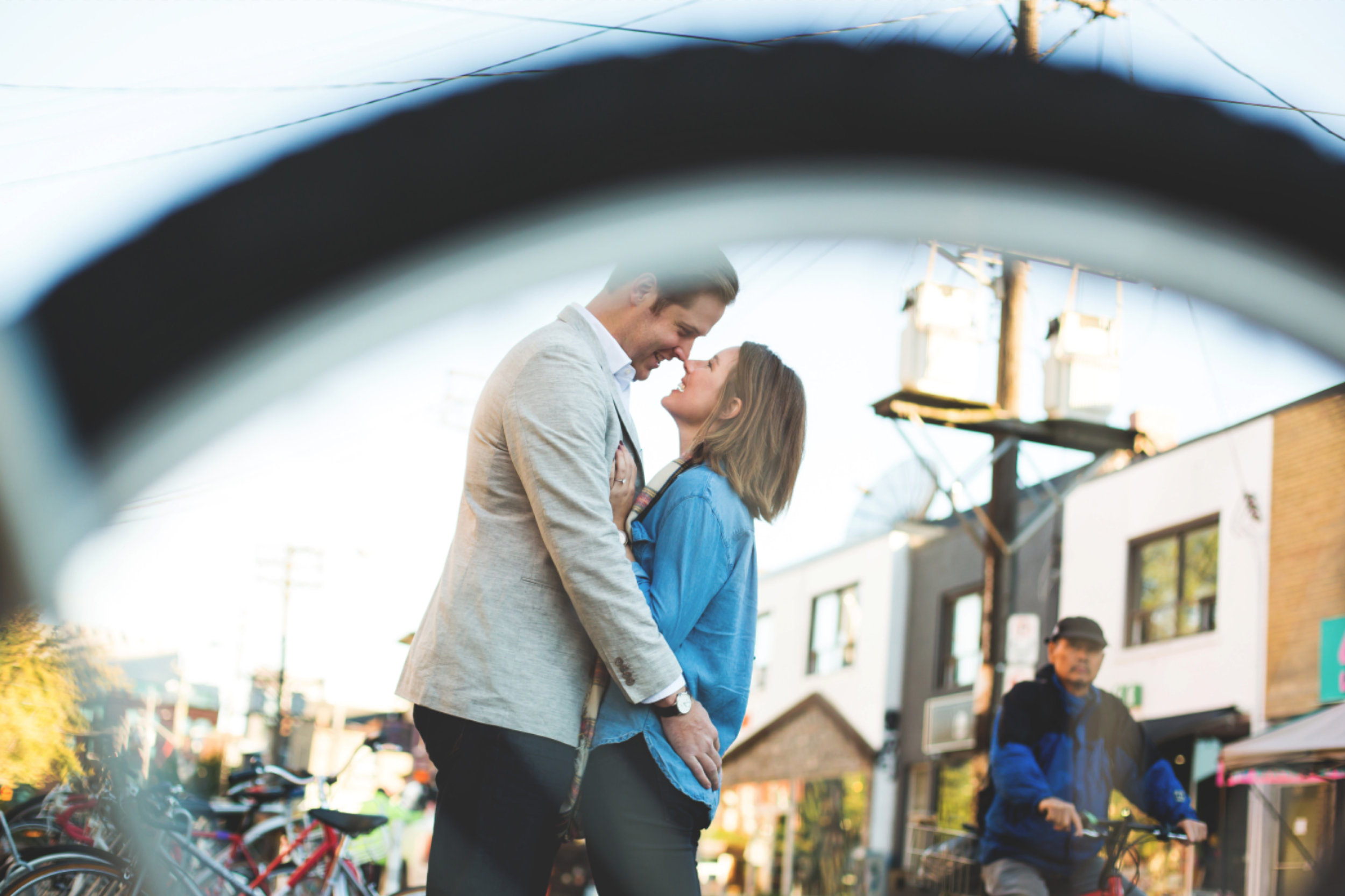 Engagement-Session-Hamilton-Burlington-Oakville-Niagara-Toronto-Wedding-Photographer-Engaged-Photography-Urban-Engaged-Downtown-Golden-Hour-Moments-by-Lauren-Photo-Image-11.png