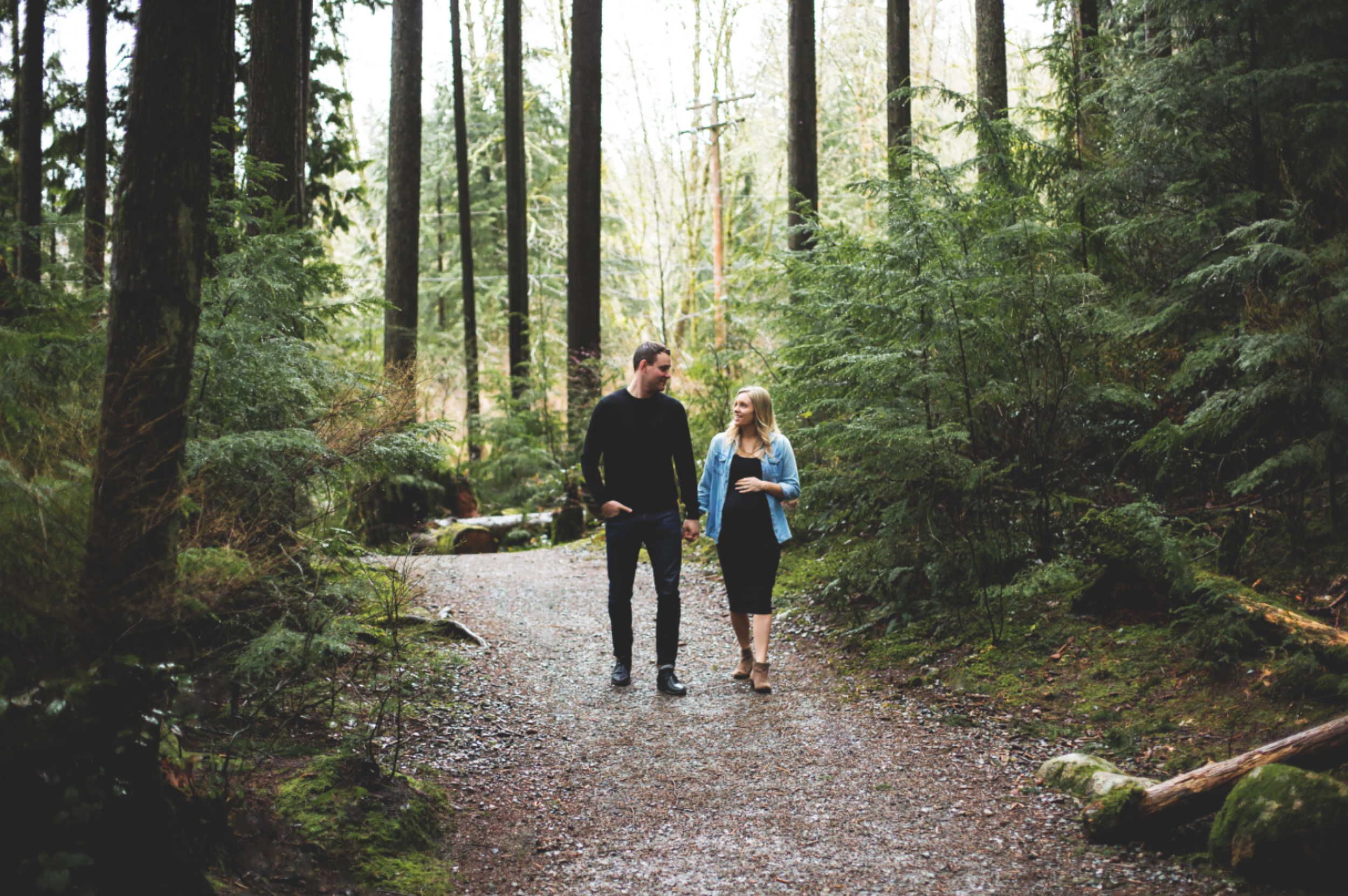 Maternity-Session-North-Vancouver-Lynn-Canyon-BC-Hamilton-Burlington-Oakville-Niagara-Toronto-Wedding-Portrait-Photographer-Expecting-Photography-Waterfront-HamOnt-Golden-Hour-Moments-by-Lauren-Photo-Image-1.png