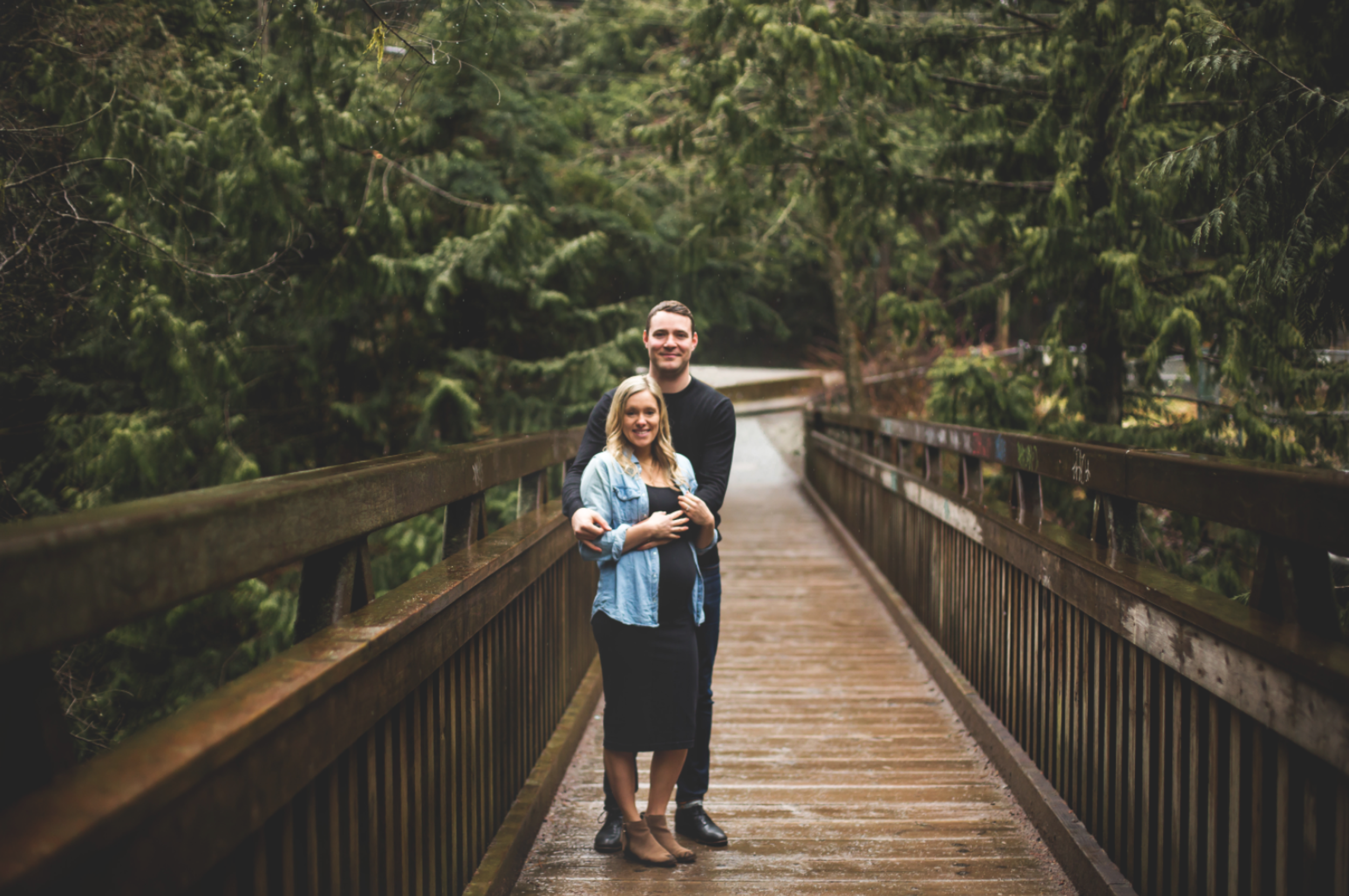 Maternity-Session-North-Vancouver-Lynn-Canyon-BC-Hamilton-Burlington-Oakville-Niagara-Toronto-Wedding-Portrait-Photographer-Expecting-Photography-Waterfront-HamOnt-Golden-Hour-Moments-by-Lauren-Photo-Image-11.png