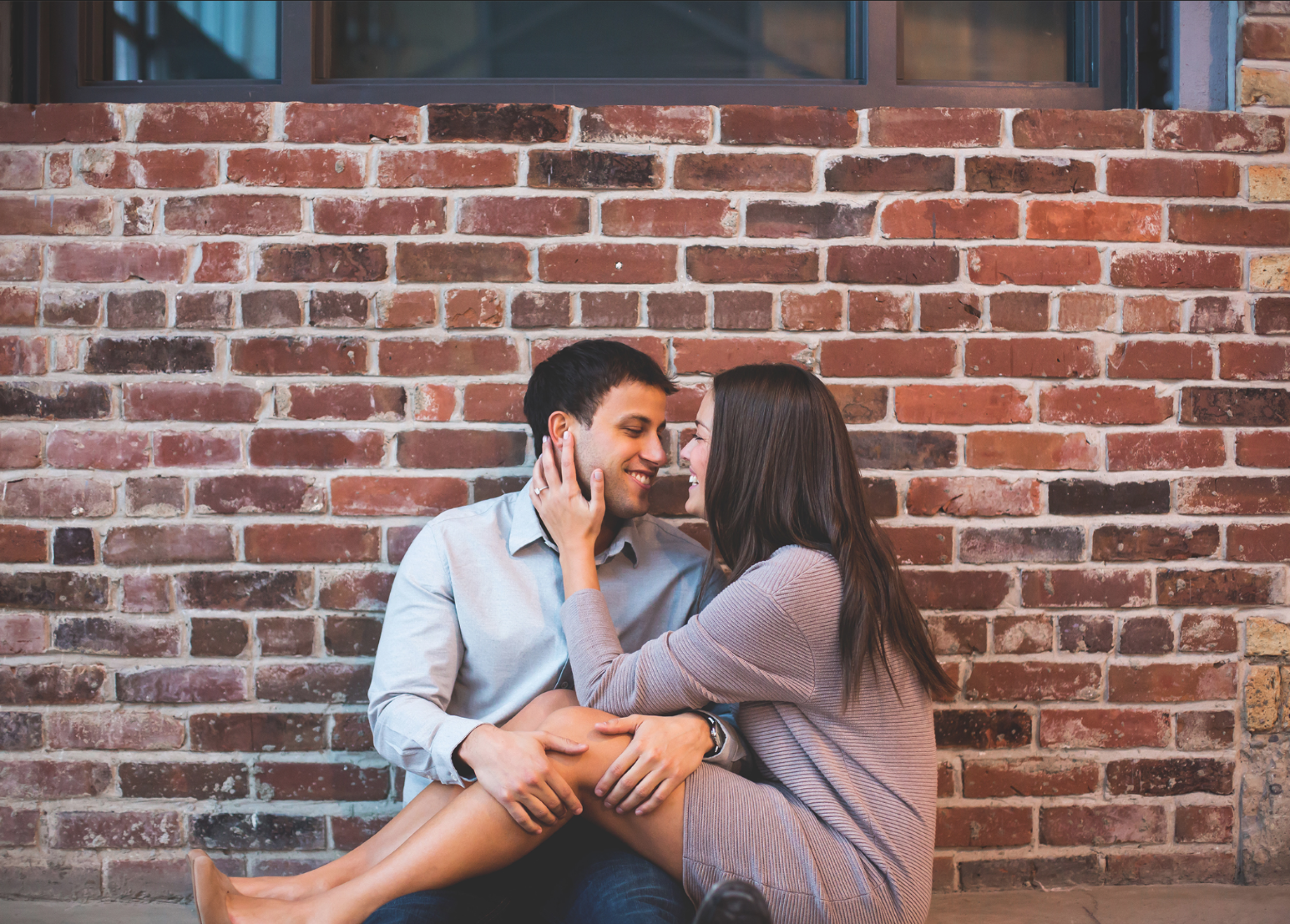 Engagement-Session-Downtown-Toronto-Hamilton-Burlington-Oakville-Niagara-Wedding-Photographer-Engaged-Photography-Artscape-Wynchwood-Barn-Urban-HamOnt-Engaged-Moments-by-Lauren-Photo-Image-10.png