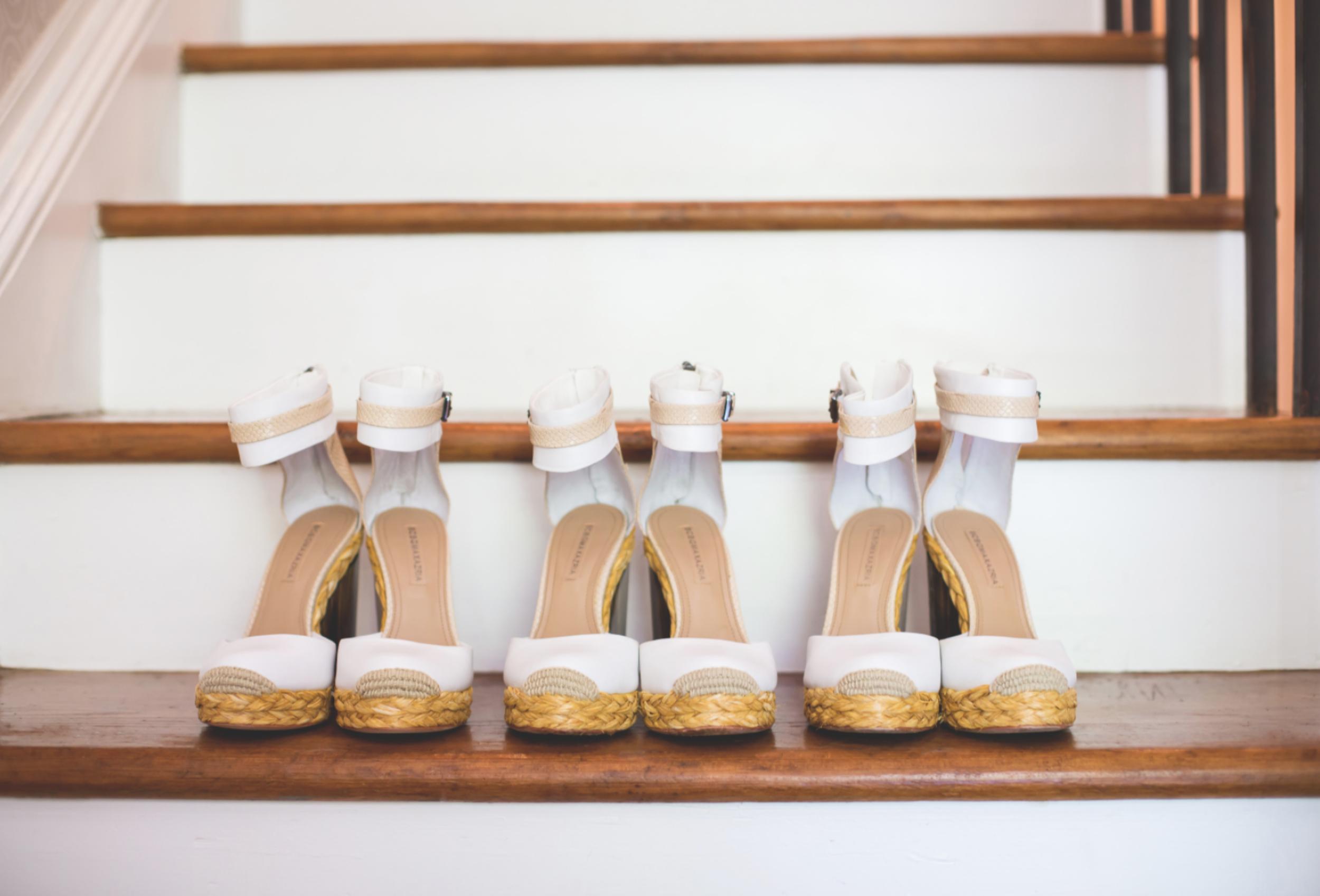 Wedding-Kurtz-Orchard-Market-Niagara-On-The-Lake-Toronto-Hamilton-Burlington-Oakville-Niagara-Wedding-Photographer-Photography-Moments-by-Lauren-Photo-Image-6.png