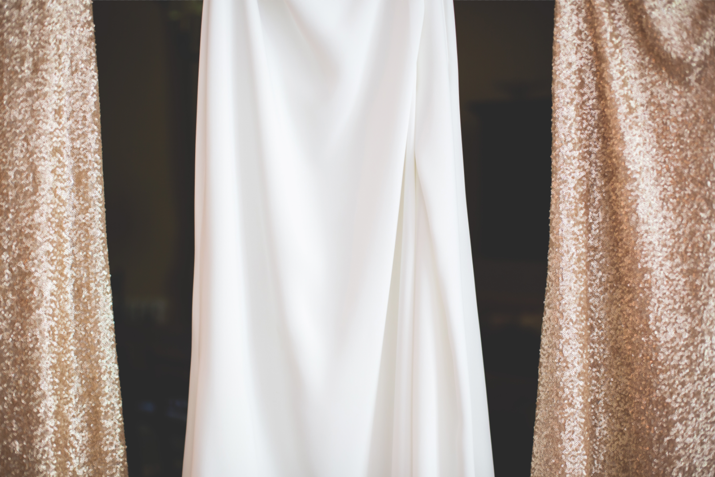 Wedding-Kurtz-Orchard-Market-Niagara-On-The-Lake-Toronto-Hamilton-Burlington-Oakville-Niagara-Wedding-Photographer-Photography-Moments-by-Lauren-Photo-Image-5.png