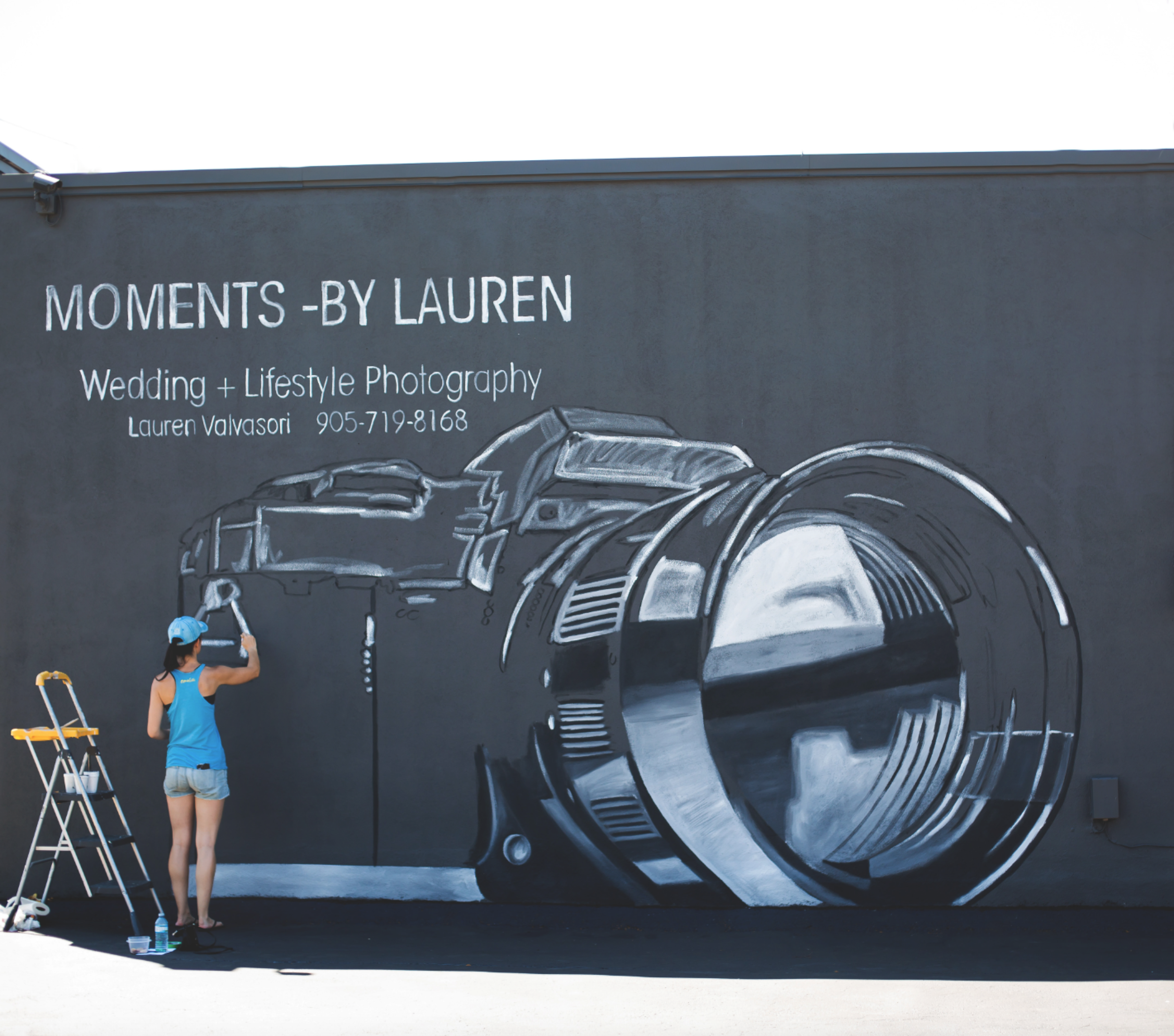 Moments-by-Lauren-Camera-Mural-Claire-Hall-Design-Photo-5.png