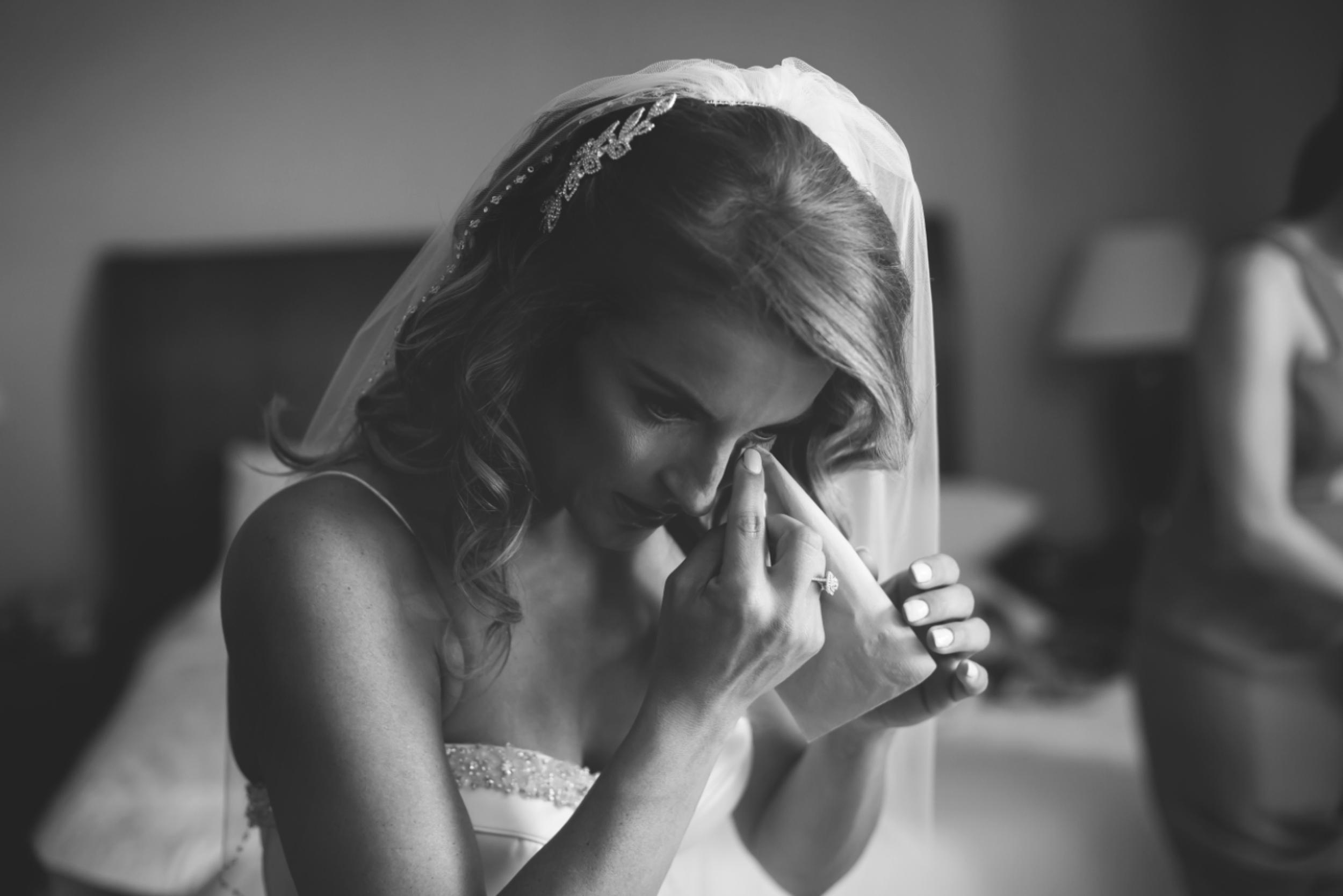 Wedding-Burlington-Convention-Center-Burlington-Oakville-Toronto-Hamilton-Niagara-Wedding-Photographer-Photography-Moments-by-Lauren-Photo-Image-10.png