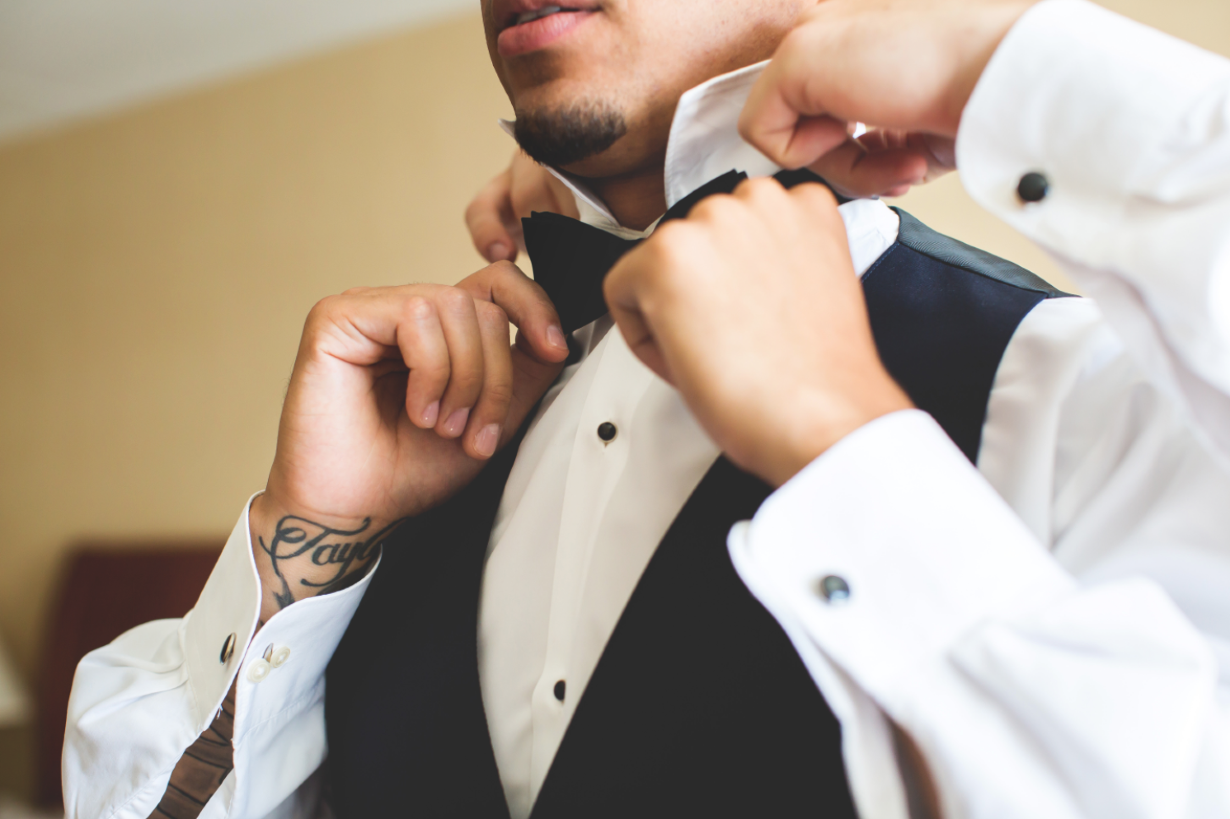 Wedding-Burlington-Convention-Center-Burlington-Oakville-Toronto-Hamilton-Niagara-Wedding-Photographer-Photography-Moments-by-Lauren-Photo-Image-13.png