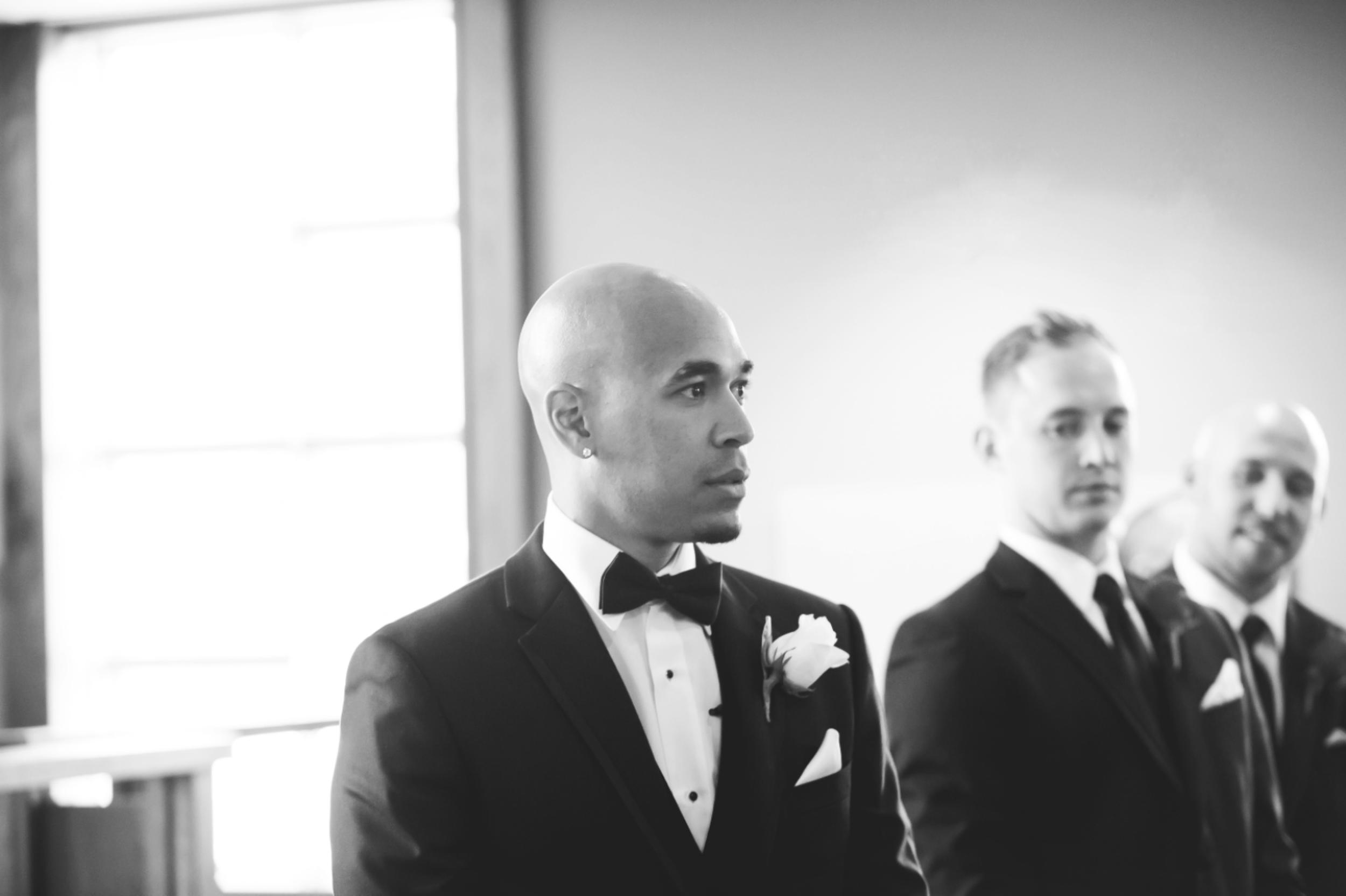 Wedding-Burlington-Convention-Center-Burlington-Oakville-Toronto-Hamilton-Niagara-Wedding-Photographer-Photography-Moments-by-Lauren-Photo-Image-15.png