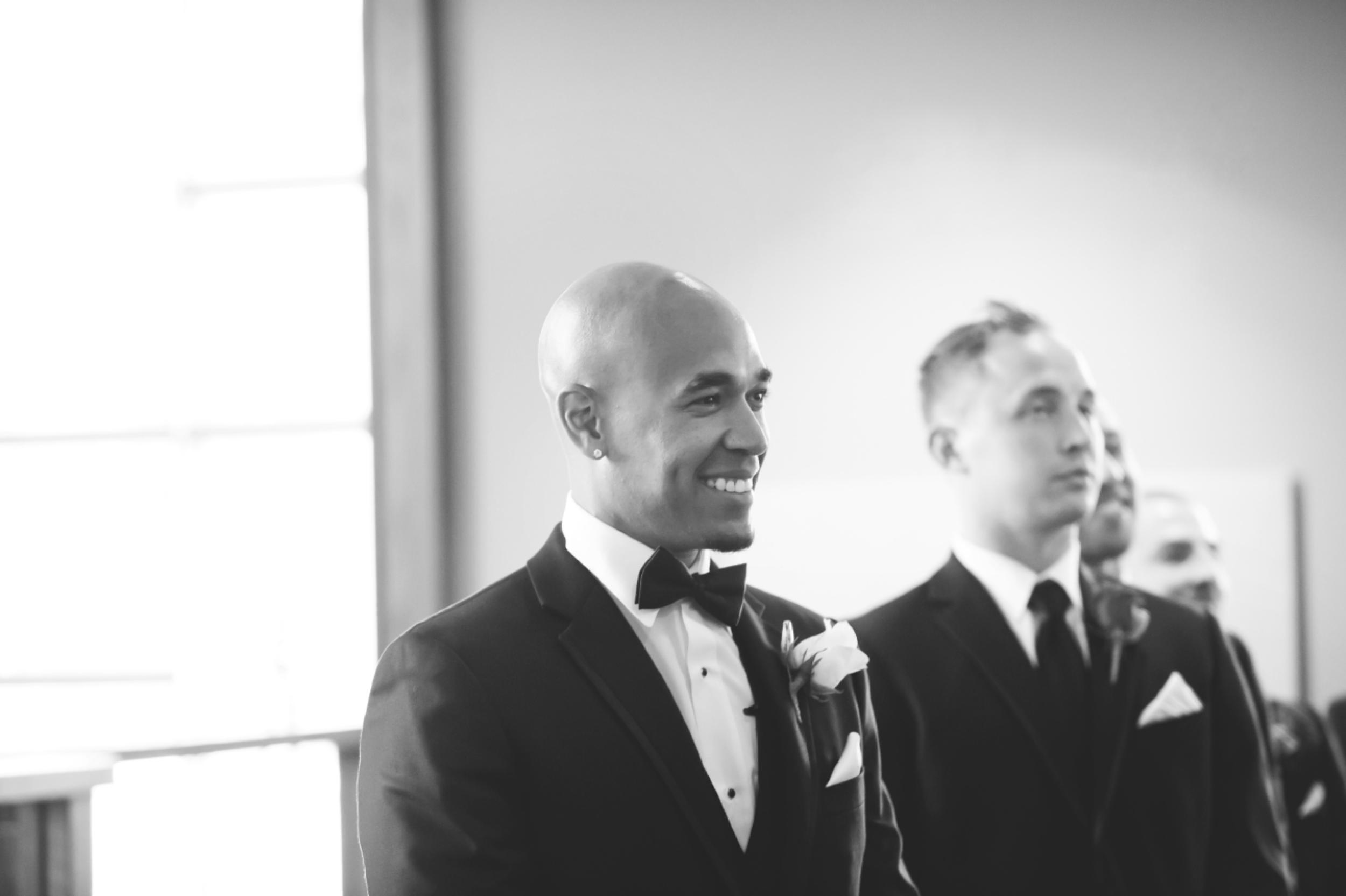 Wedding-Burlington-Convention-Center-Burlington-Oakville-Toronto-Hamilton-Niagara-Wedding-Photographer-Photography-Moments-by-Lauren-Photo-Image-17.png