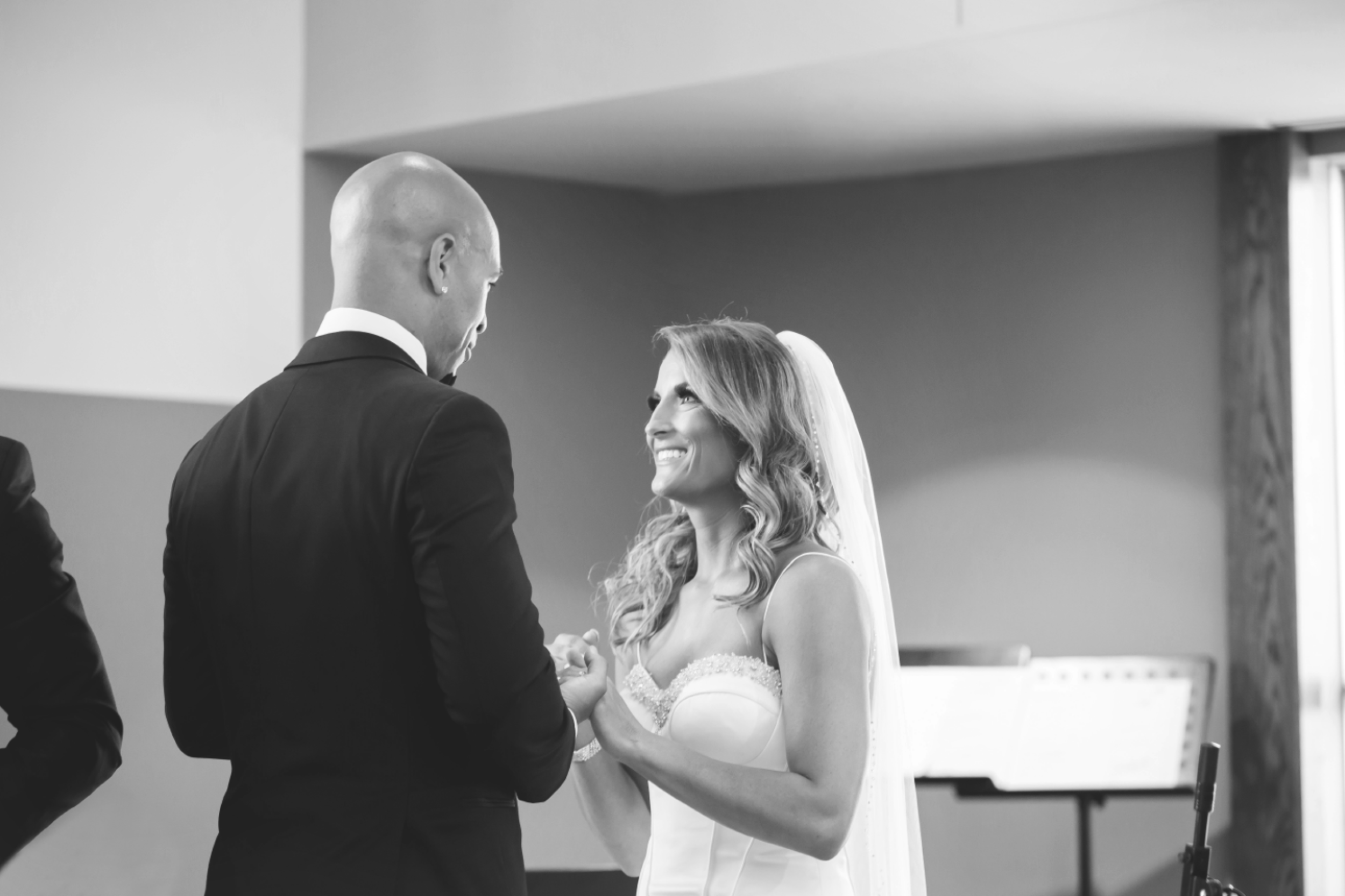 Wedding-Burlington-Convention-Center-Burlington-Oakville-Toronto-Hamilton-Niagara-Wedding-Photographer-Photography-Moments-by-Lauren-Photo-Image-23.png