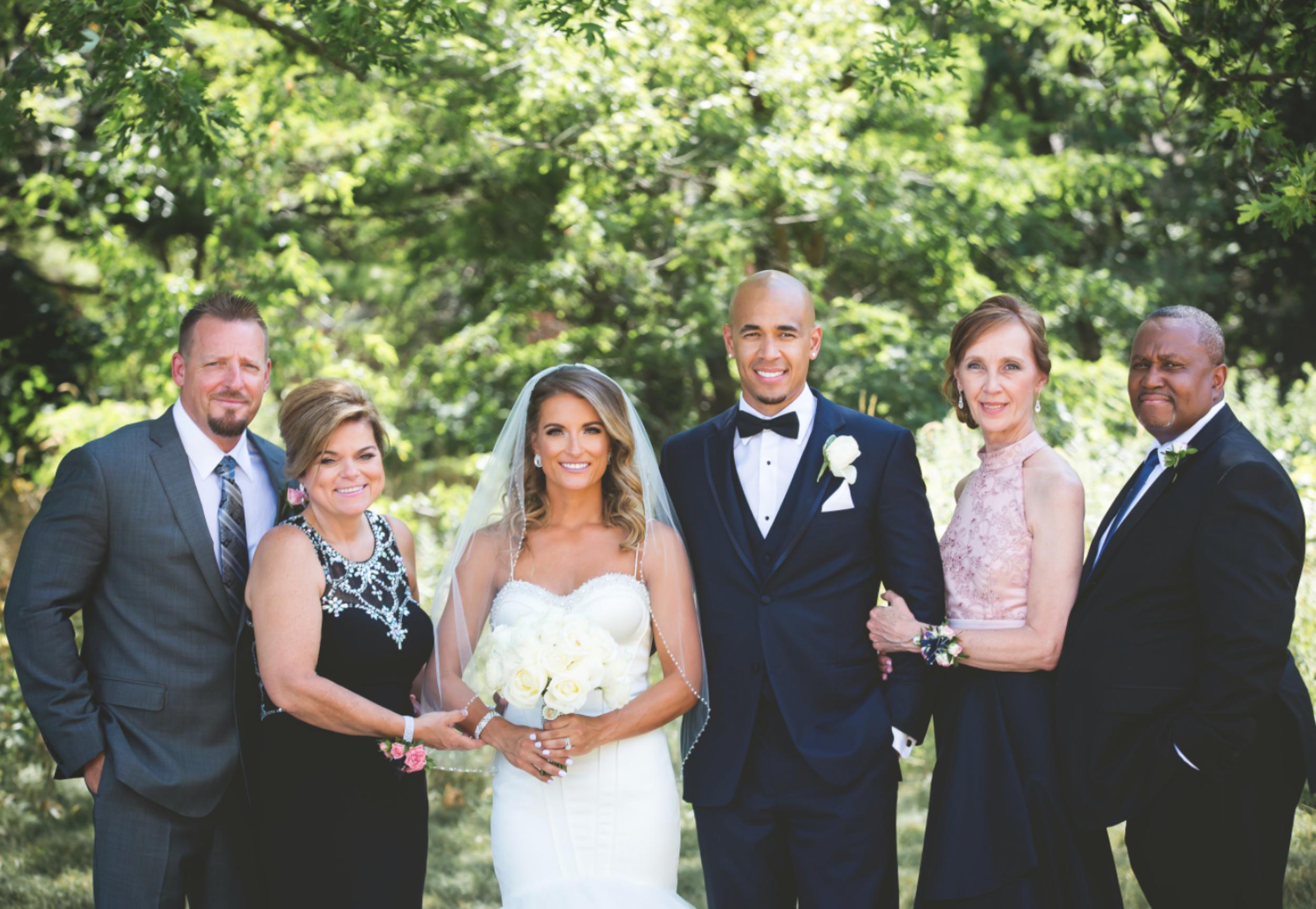 Wedding-Burlington-Convention-Center-Burlington-Oakville-Toronto-Hamilton-Niagara-Wedding-Photographer-Photography-Moments-by-Lauren-Photo-Image-27.png