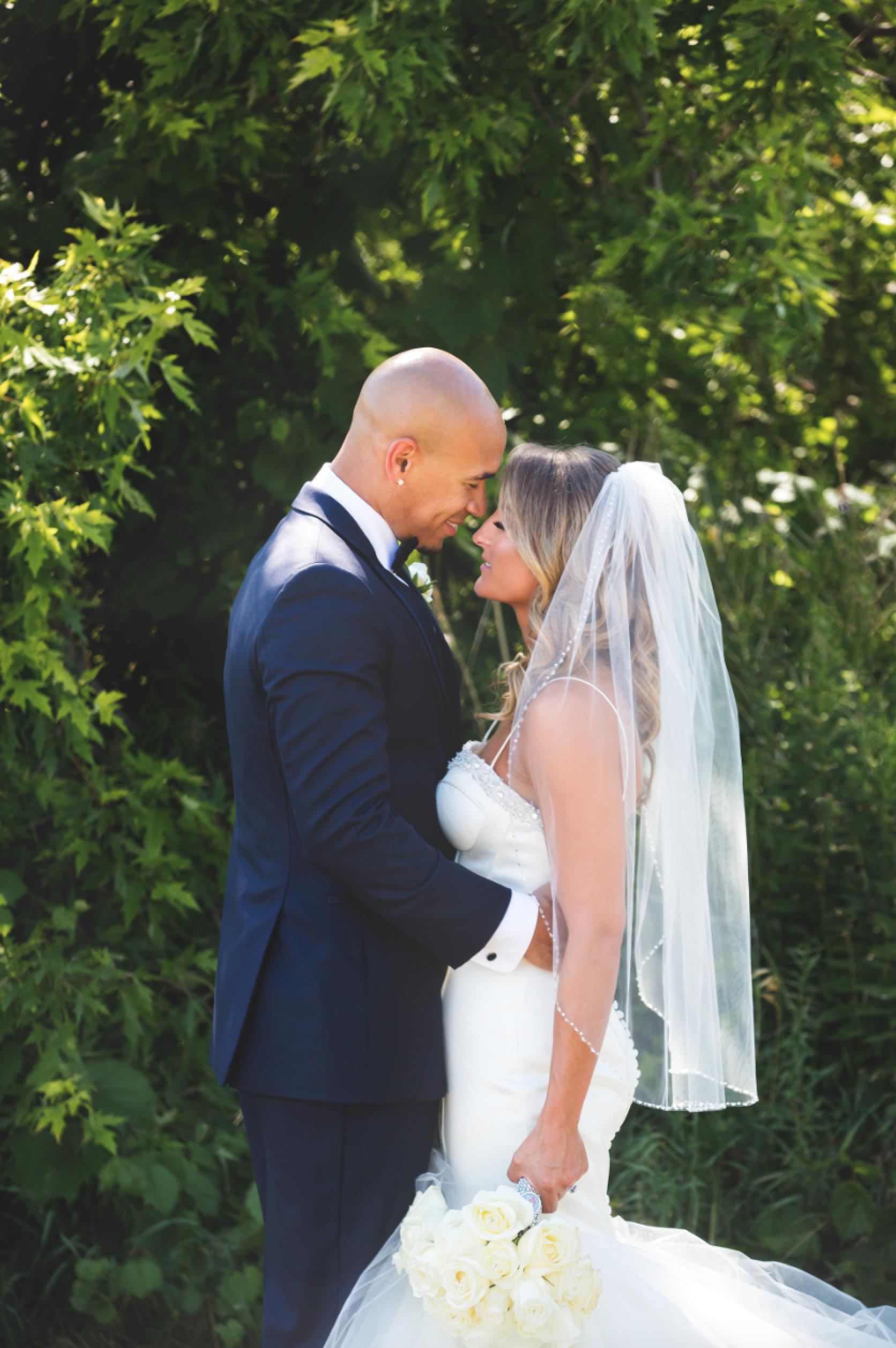 Wedding-Burlington-Convention-Center-Burlington-Oakville-Toronto-Hamilton-Niagara-Wedding-Photographer-Photography-Moments-by-Lauren-Photo-Image-32.png