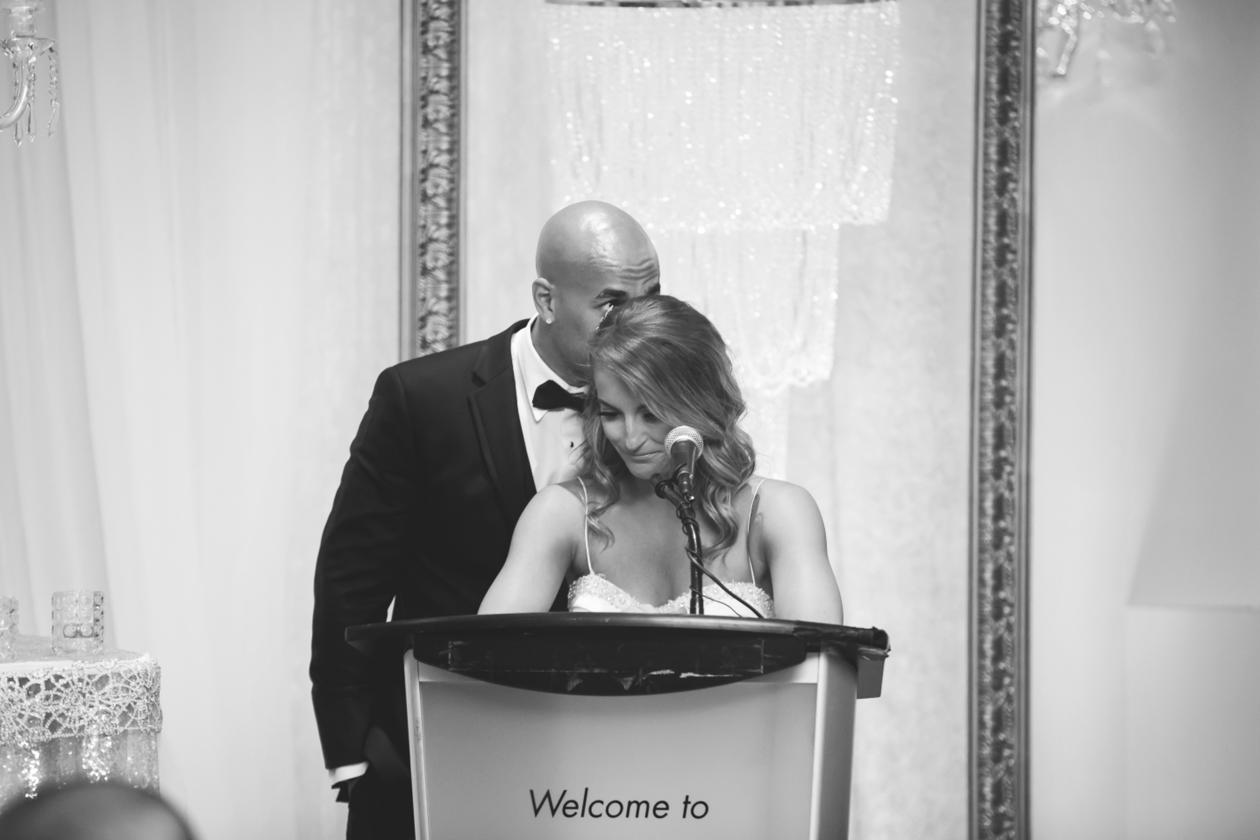 Wedding-Burlington-Convention-Center-Burlington-Oakville-Toronto-Hamilton-Niagara-Wedding-Photographer-Photography-Moments-by-Lauren-Photo-Image-65.png