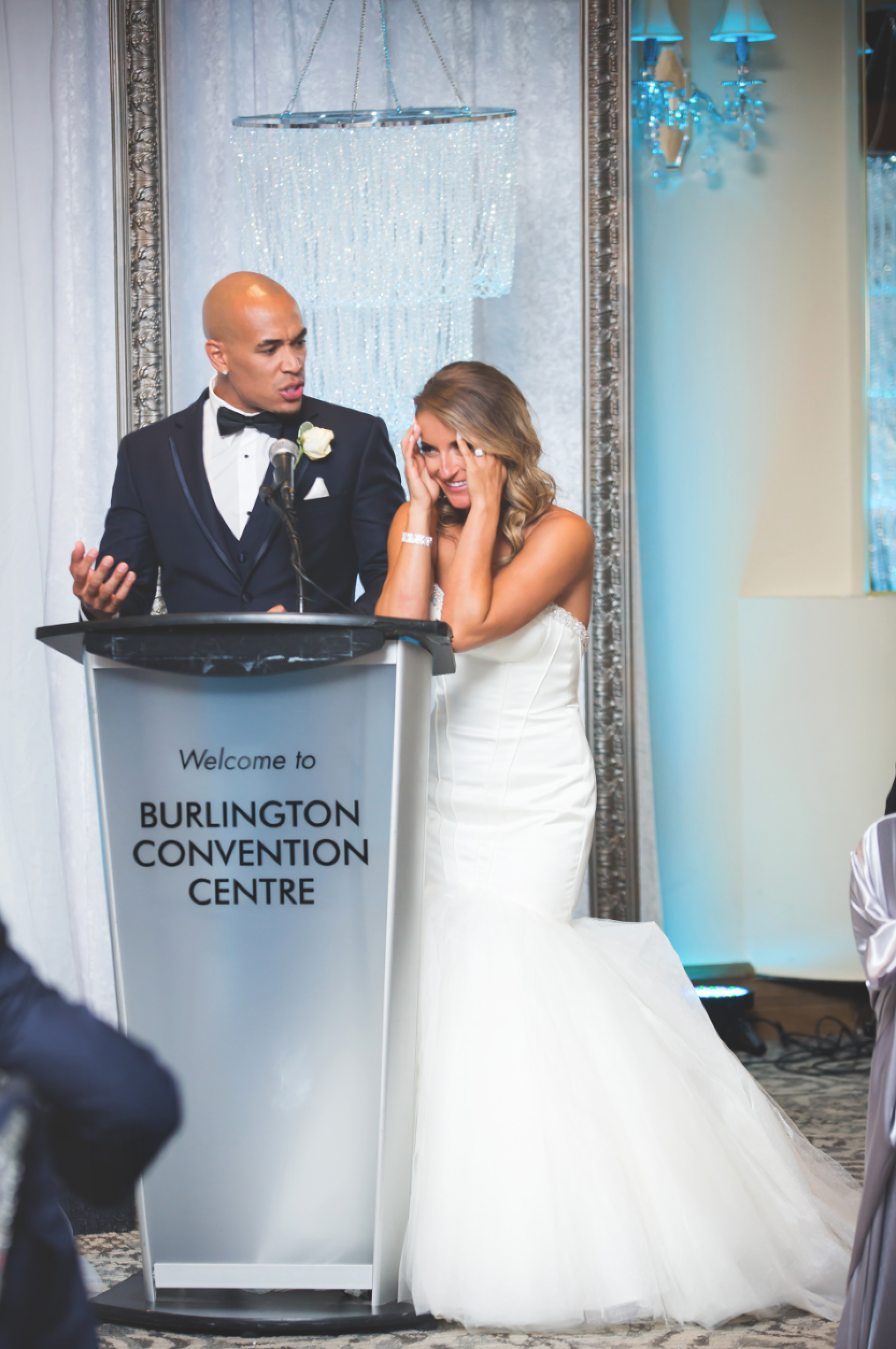Wedding-Burlington-Convention-Center-Burlington-Oakville-Toronto-Hamilton-Niagara-Wedding-Photographer-Photography-Moments-by-Lauren-Photo-Image-67.png