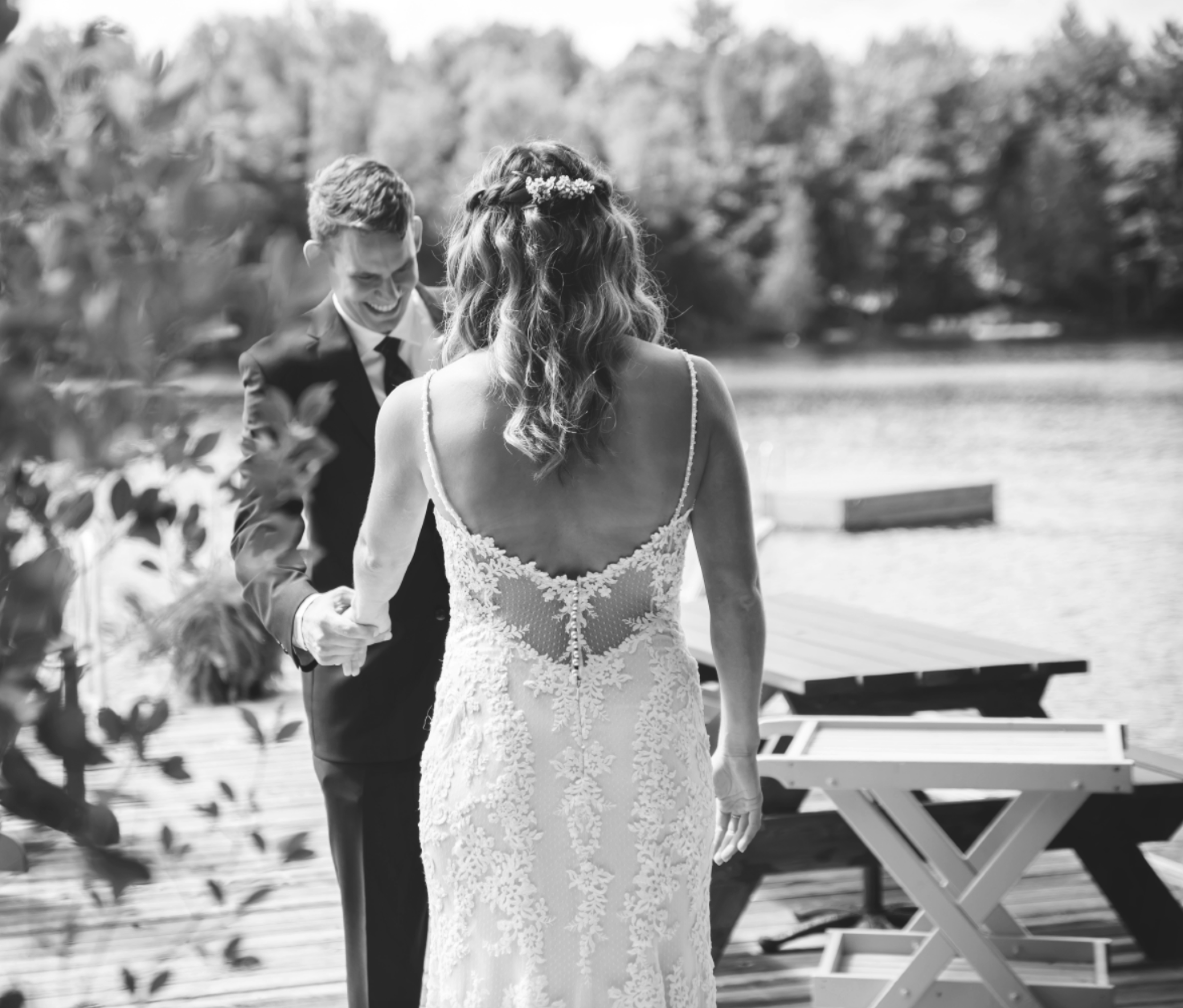Wedding-Photos-Muskoka-Clevelands-House-Photographer-Wedding-Hamilton-GTA-Niagara-Oakville-Moments-by-Lauren-Photography-Photo-Image-23.png
