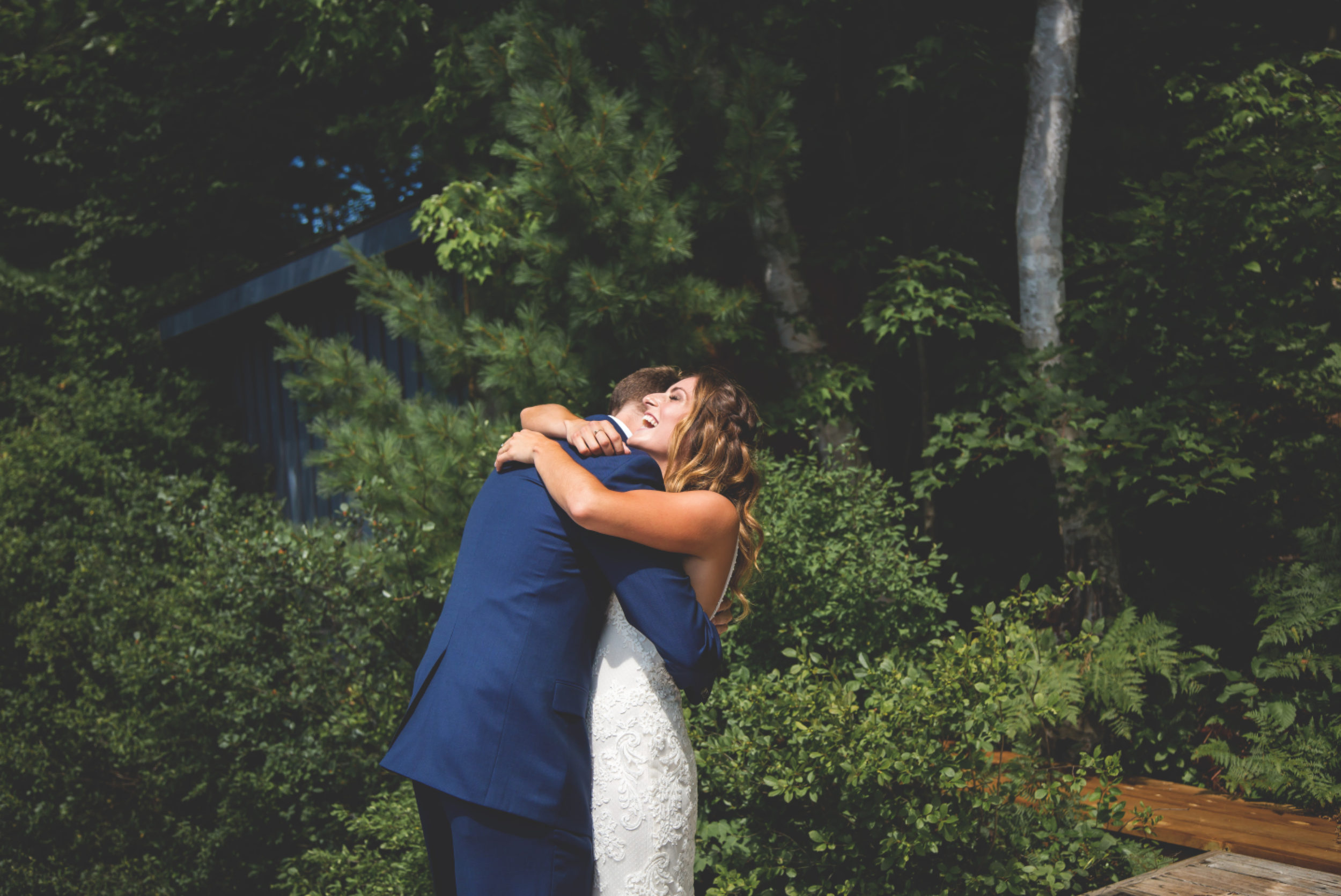 Wedding-Photos-Muskoka-Clevelands-House-Photographer-Wedding-Hamilton-GTA-Niagara-Oakville-Moments-by-Lauren-Photography-Photo-Image-26.png