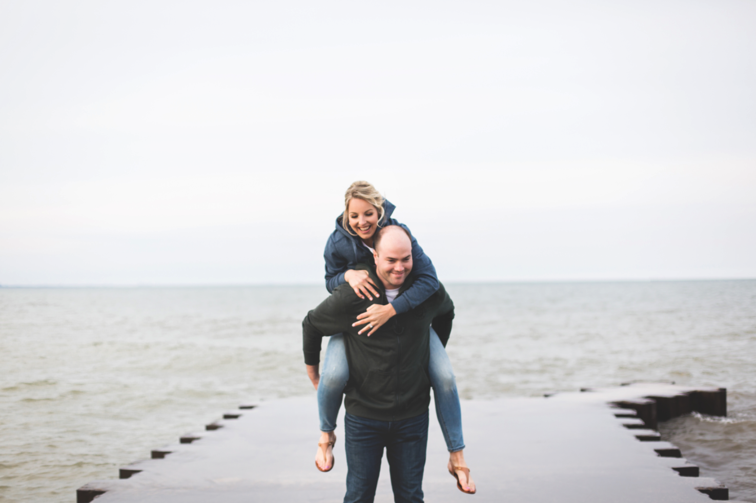 Engagement-Session-Hamilton-Burlington-Oakville-Toronto-Niagara-Wedding-Photographer-Engaged-Photography-Waterfront-HamOnt-Engaged-Moments-by-Lauren-Photo-Image-14.png