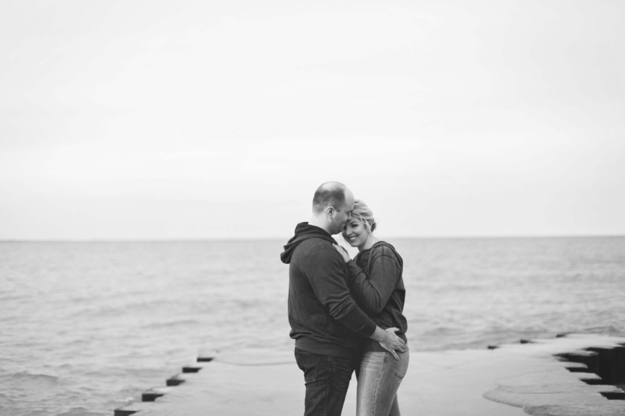 Engagement-Session-Hamilton-Burlington-Oakville-Toronto-Niagara-Wedding-Photographer-Engaged-Photography-Waterfront-HamOnt-Engaged-Moments-by-Lauren-Photo-Image-17.png