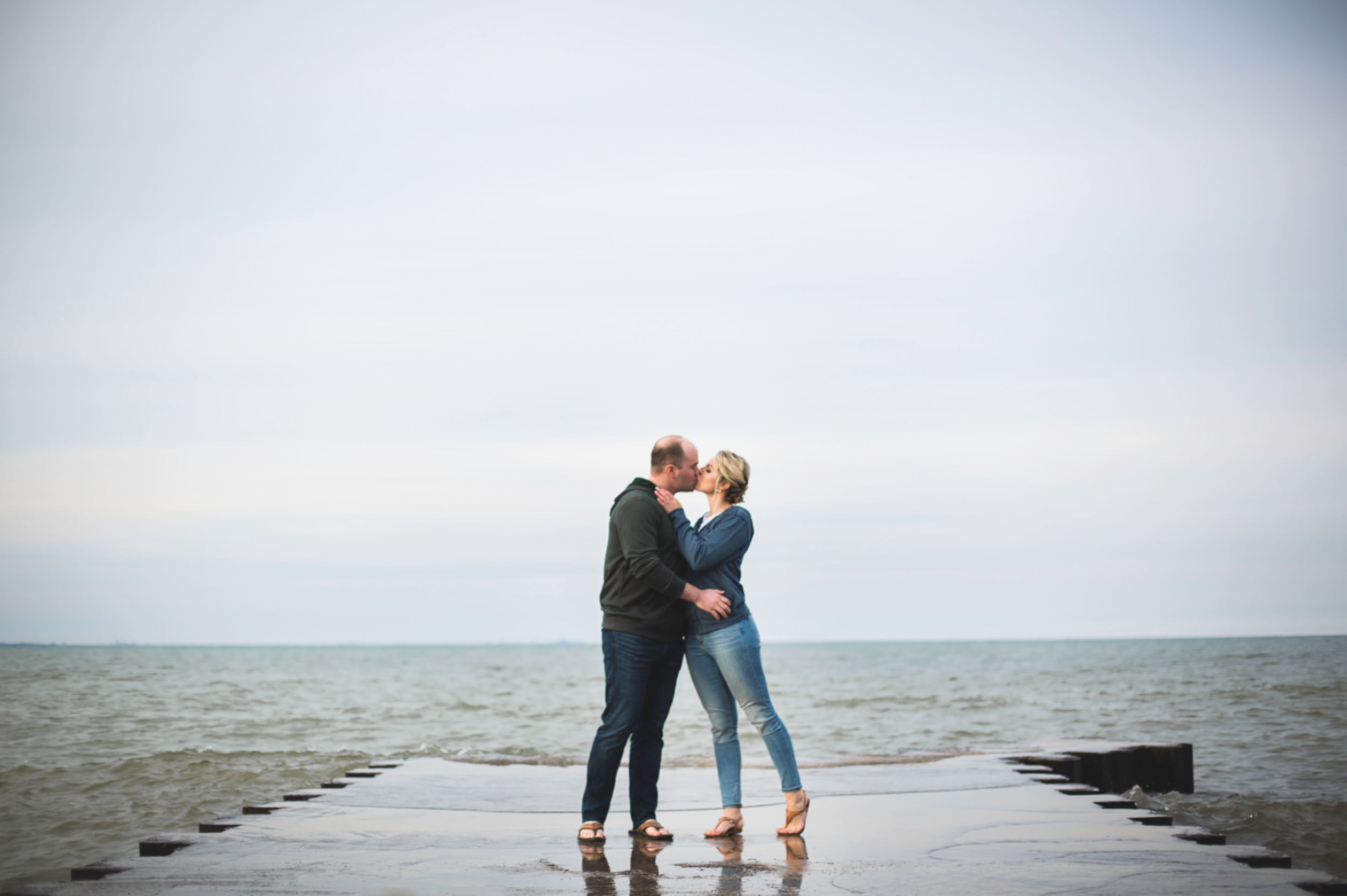 Engagement-Session-Hamilton-Burlington-Oakville-Toronto-Niagara-Wedding-Photographer-Engaged-Photography-Waterfront-HamOnt-Engaged-Moments-by-Lauren-Photo-Image-18.png