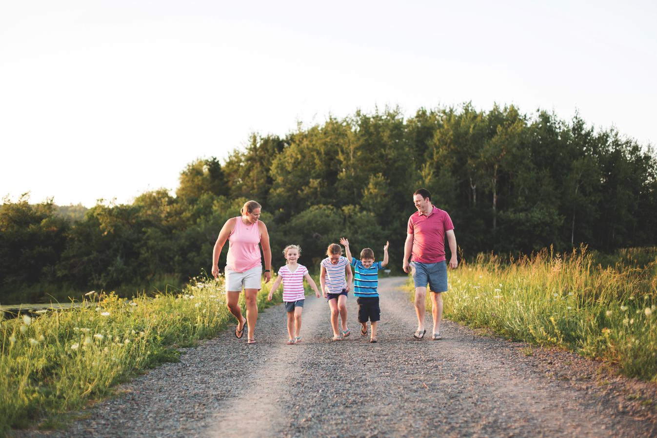 Hamilton-Toronto-Burlington-Oakville-welland-Niagara-Cambridge-Dundas-Ontario-Family-photographer-photography-Moments-by-Lauren-Nova-Scotia-Antigonish-Lifestyle-Session-Image-Photo-1.png