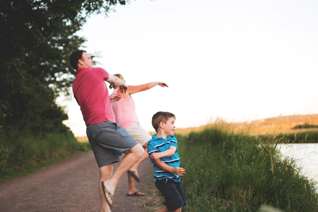 Hamilton-Toronto-Burlington-Oakville-welland-Niagara-Cambridge-Dundas-Ontario-Family-photographer-photography-Moments-by-Lauren-Nova-Scotia-Antigonish-Lifestyle-Session-Image-Photo-3.png