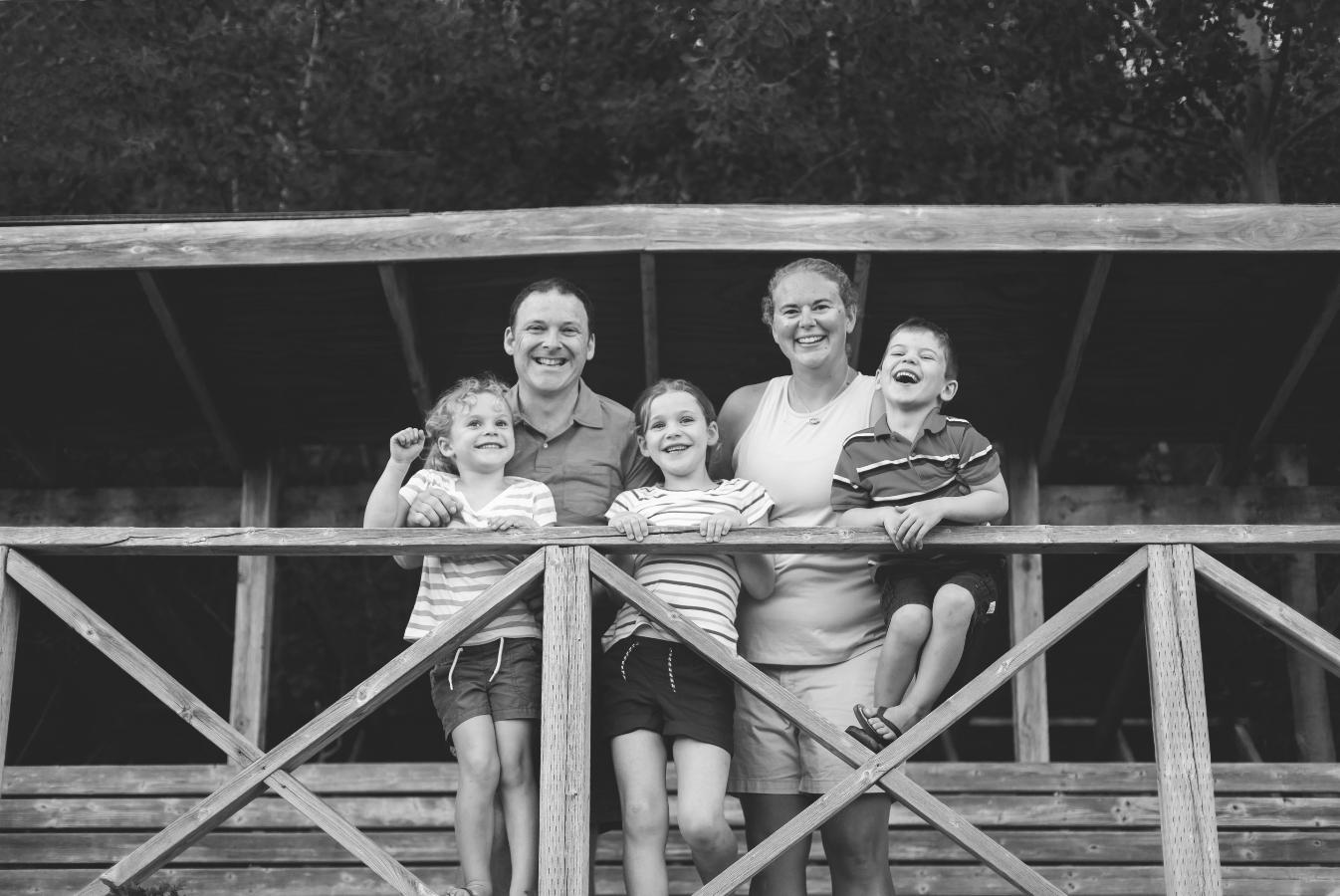 Hamilton-Toronto-Burlington-Oakville-welland-Niagara-Cambridge-Dundas-Ontario-Family-photographer-photography-Moments-by-Lauren-Nova-Scotia-Antigonish-Lifestyle-Session-Image-Photo-6.png