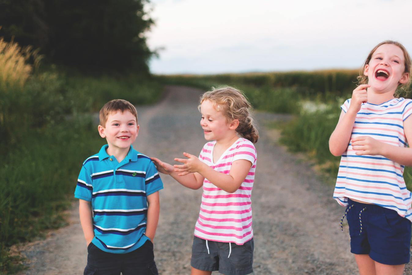 Hamilton-Toronto-Burlington-Oakville-welland-Niagara-Cambridge-Dundas-Ontario-Family-photographer-photography-Moments-by-Lauren-Nova-Scotia-Antigonish-Lifestyle-Session-Image-Photo-19.png