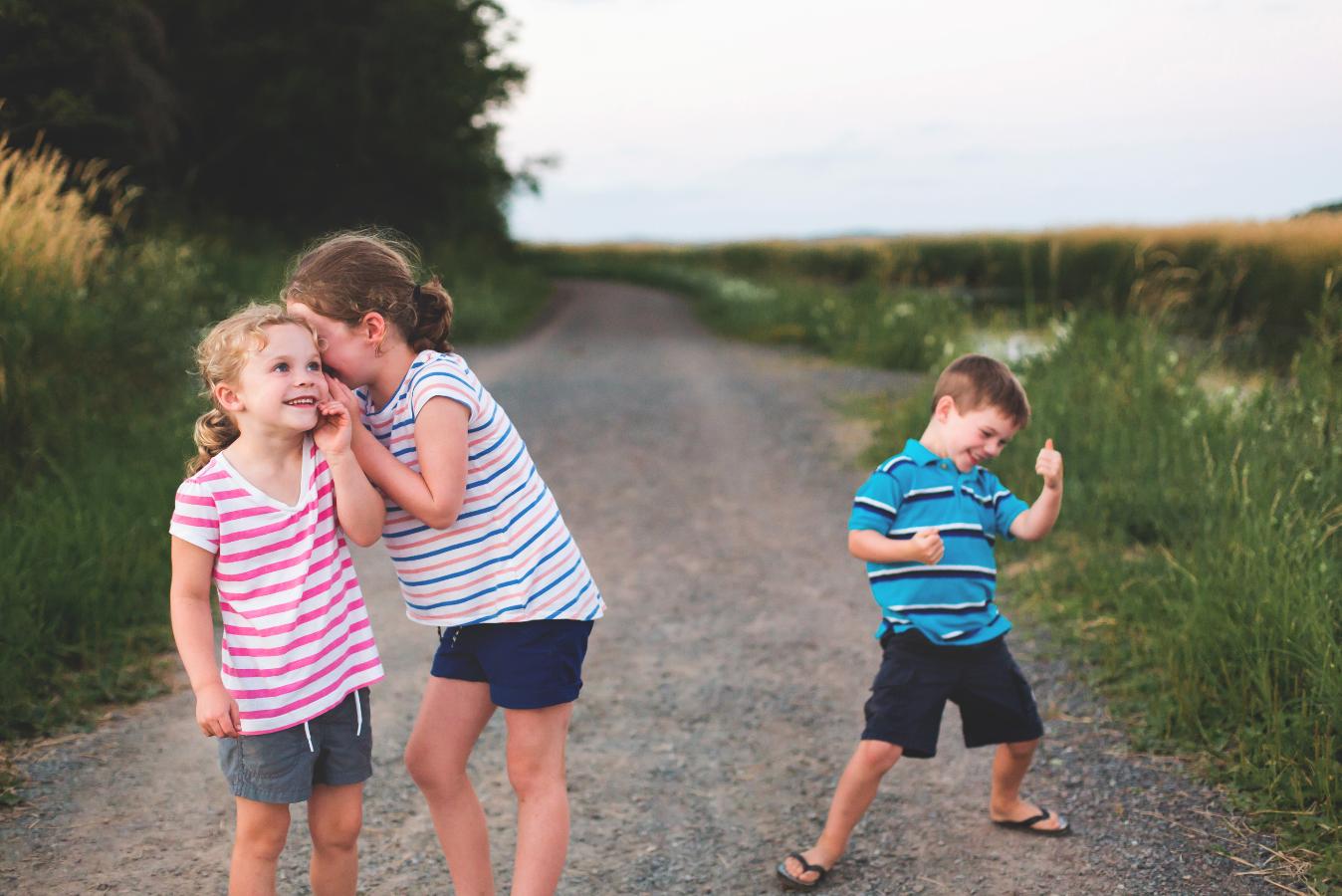 Hamilton-Toronto-Burlington-Oakville-welland-Niagara-Cambridge-Dundas-Ontario-Family-photographer-photography-Moments-by-Lauren-Nova-Scotia-Antigonish-Lifestyle-Session-Image-Photo-23.png