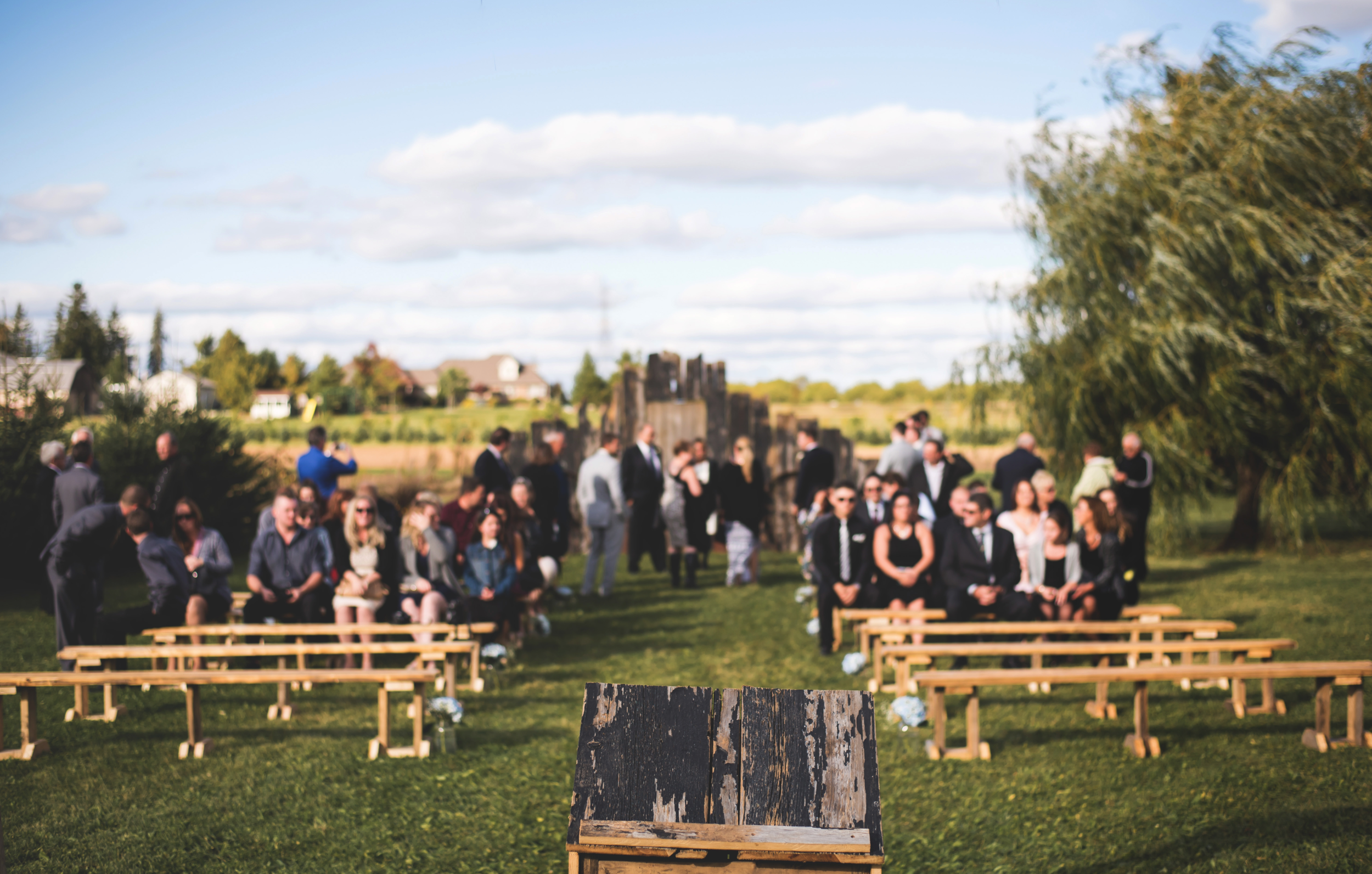 Wedding-Photos-Mount-Pleasant-Farm-Photographer-Wedding-Hamilton-GTA-Niagara-Oakville-Toronto-Moments-by-Lauren-Photography-Photo-Image-1.png