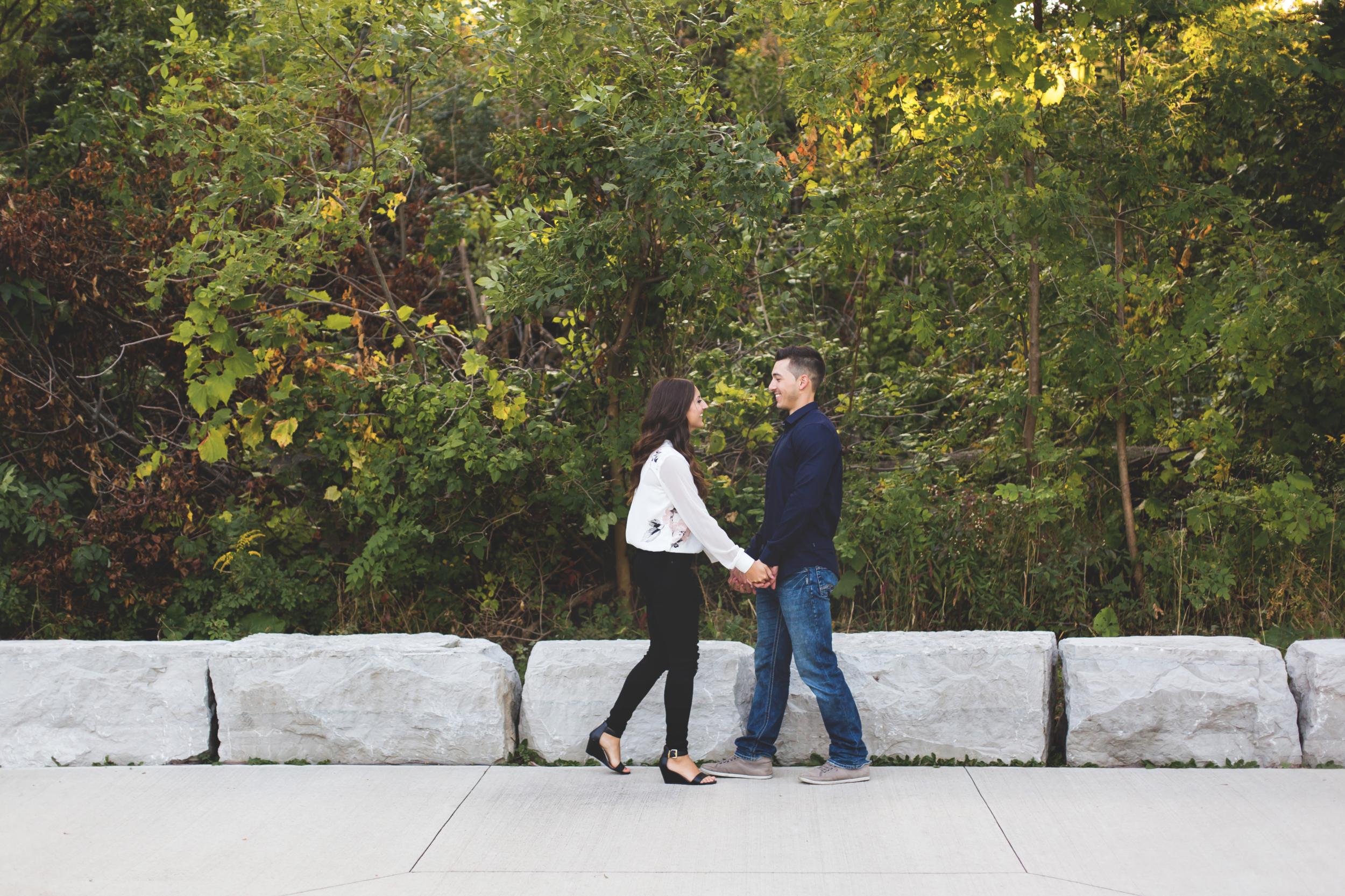 Engagement-Session-Hamilton-Burlington-Oakville-Toronto-Niagara-Wedding-Photographer-Engaged-Photography-Session-HamOnt-Moments-by-Lauren-Photo-Image-9.png