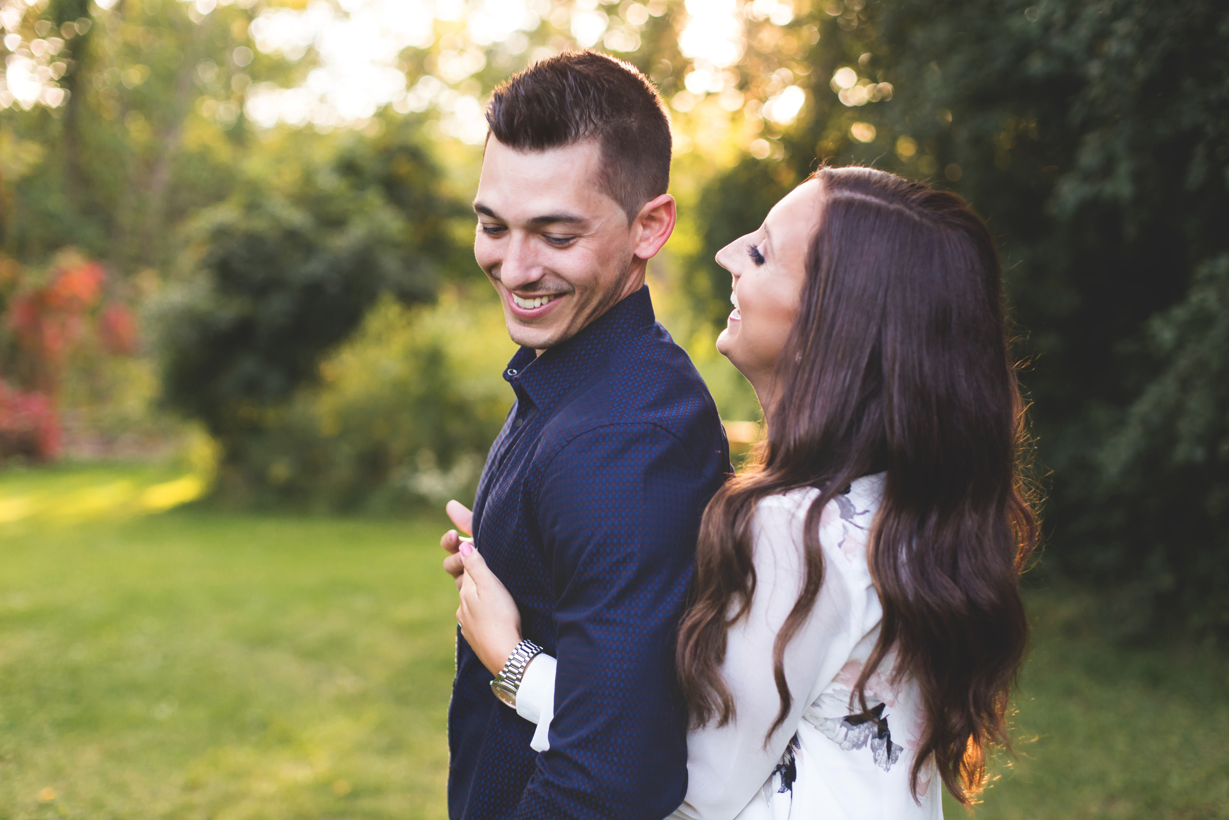 Engagement-Session-Hamilton-Burlington-Oakville-Toronto-Niagara-Wedding-Photographer-Engaged-Photography-Session-HamOnt-Moments-by-Lauren-Photo-Image-11.png