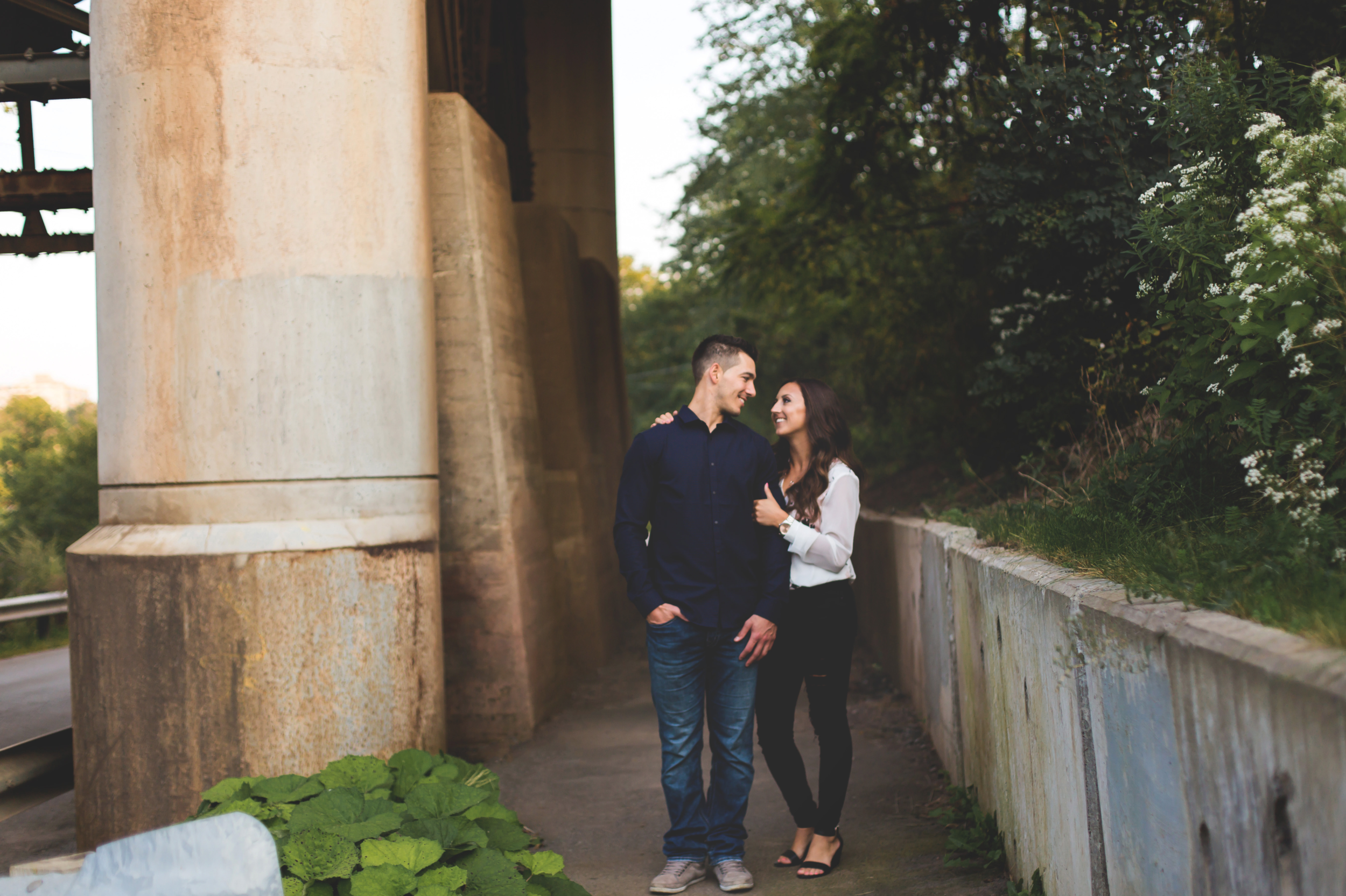 Engagement-Session-Hamilton-Burlington-Oakville-Toronto-Niagara-Wedding-Photographer-Engaged-Photography-Session-HamOnt-Moments-by-Lauren-Photo-Image-21.png