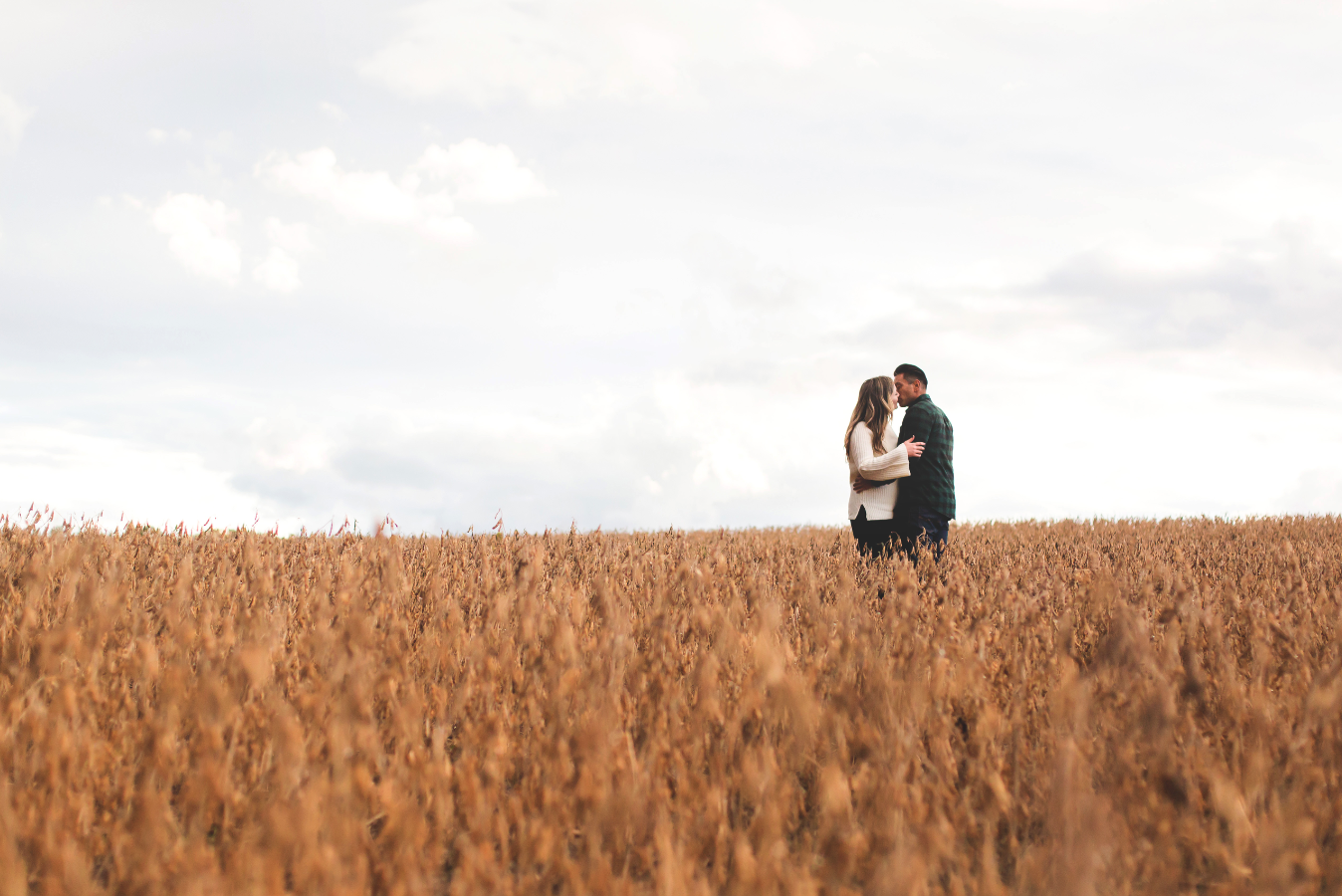 Engagement-Photography-Bruce-Trail-Rain-Hamilton-Burlington-Oakville-Niagara-Toronto-Wedding-Photographer-Photo-Image-13.png