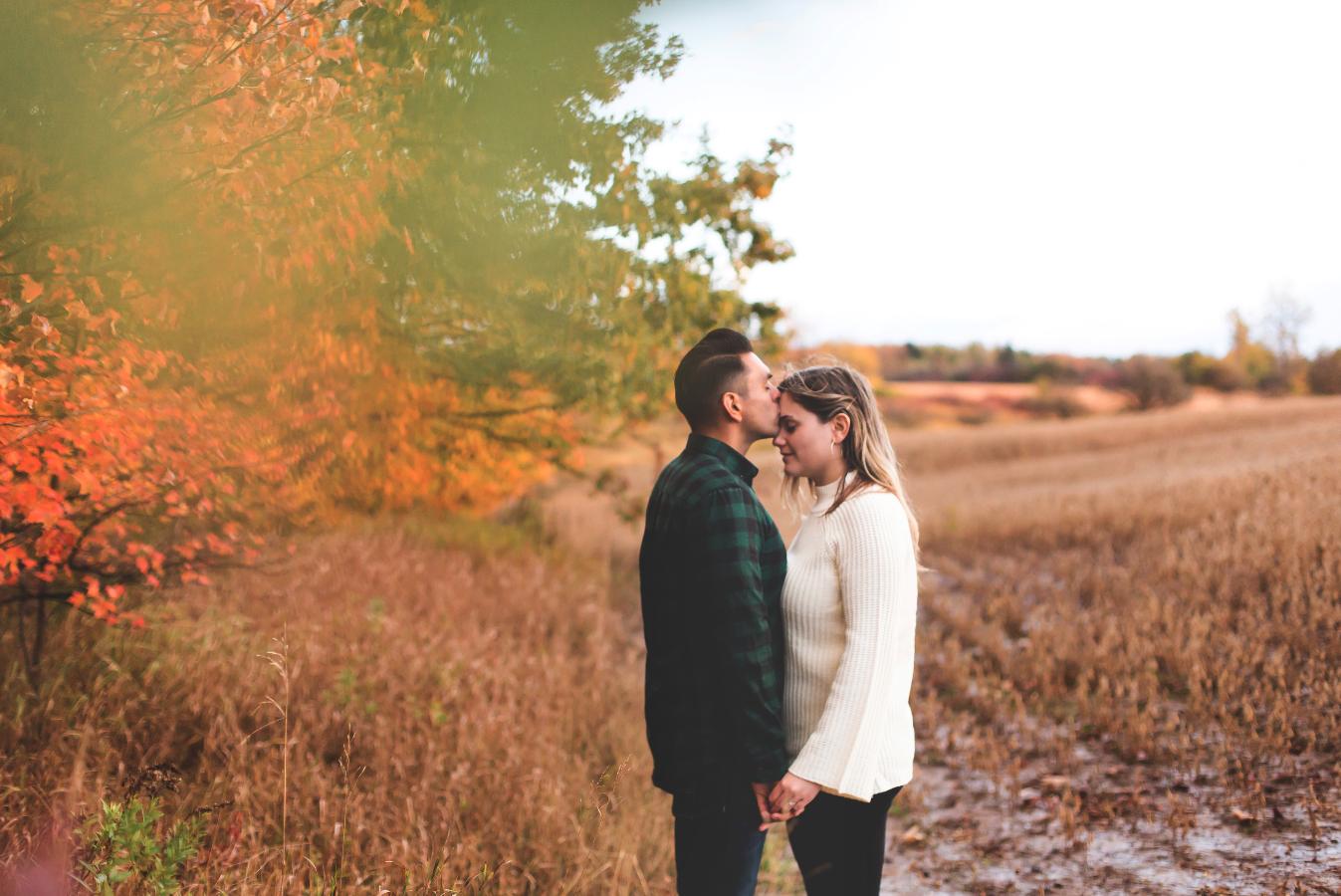 Engagement-Photography-Bruce-Trail-Rain-Hamilton-Burlington-Oakville-Niagara-Toronto-Wedding-Photographer-Photo-Image-17.png