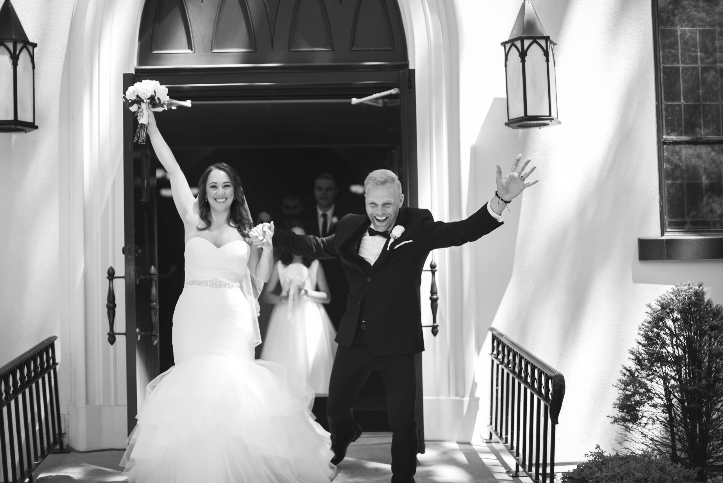 Wedding-Harbour-Banquet-Center-Oakville-Photographer-Wedding-Hamilton-Saint-James-Espresso-Downtown-HamOnt-GTA-Niagara-Toronto-Moments-by-Lauren-Photography-Photo-Image-19.png