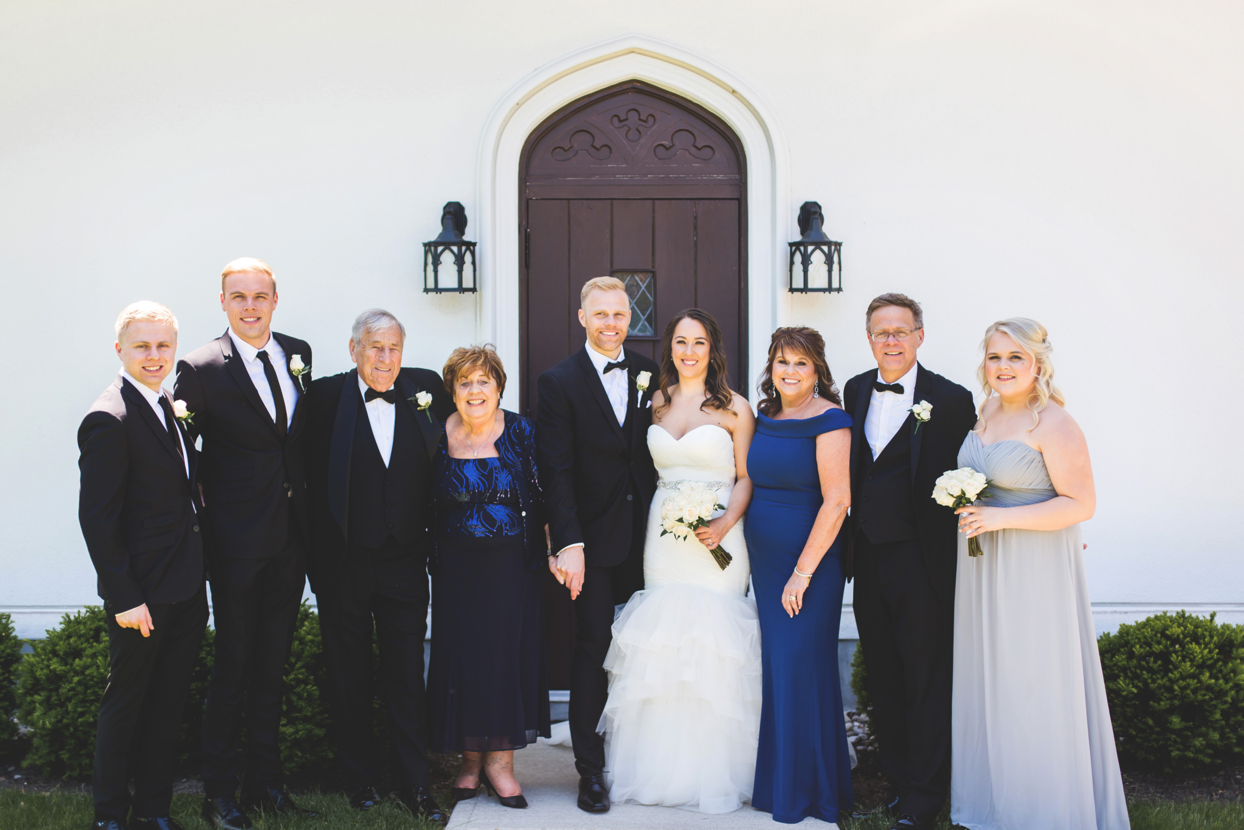 Wedding-Harbour-Banquet-Center-Oakville-Photographer-Wedding-Hamilton-Saint-James-Espresso-Downtown-HamOnt-GTA-Niagara-Toronto-Moments-by-Lauren-Photography-Photo-Image-21.png