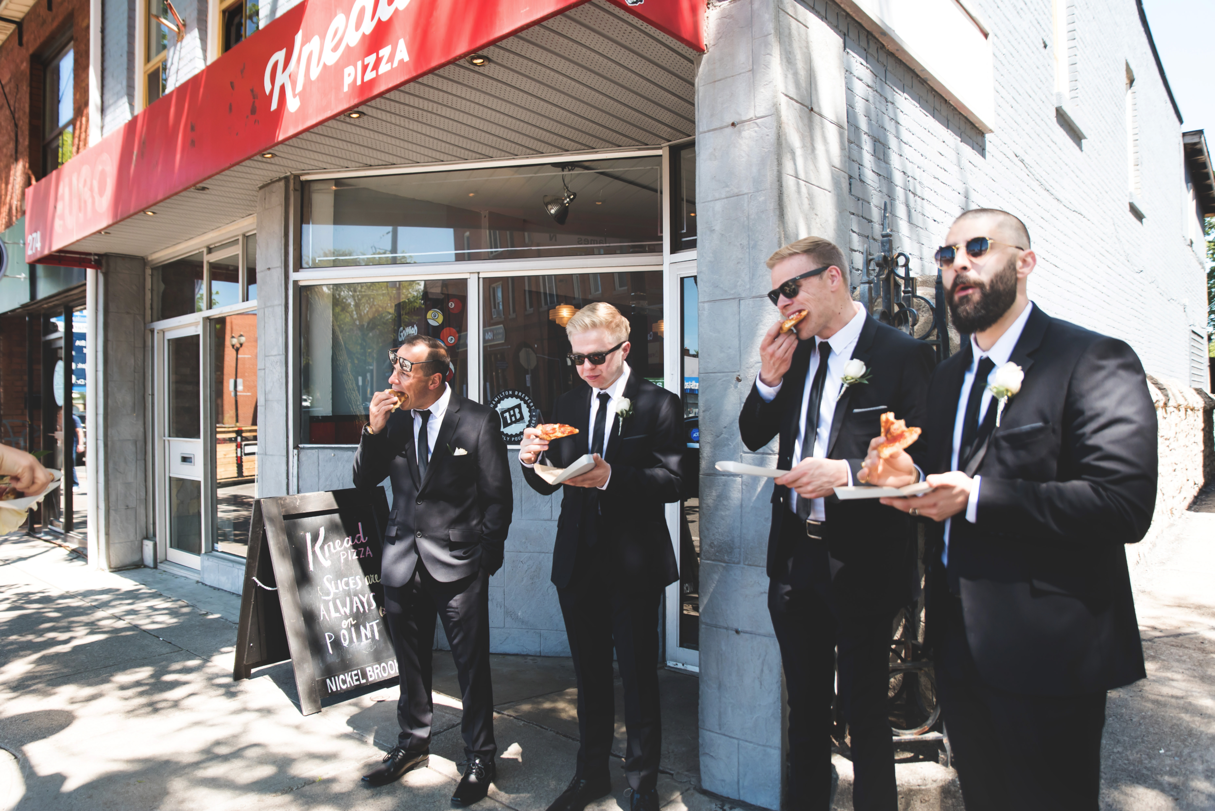 Wedding-Harbour-Banquet-Center-Oakville-Photographer-Wedding-Hamilton-Saint-James-Espresso-Downtown-HamOnt-GTA-Niagara-Toronto-Moments-by-Lauren-Photography-Photo-Image-31.png