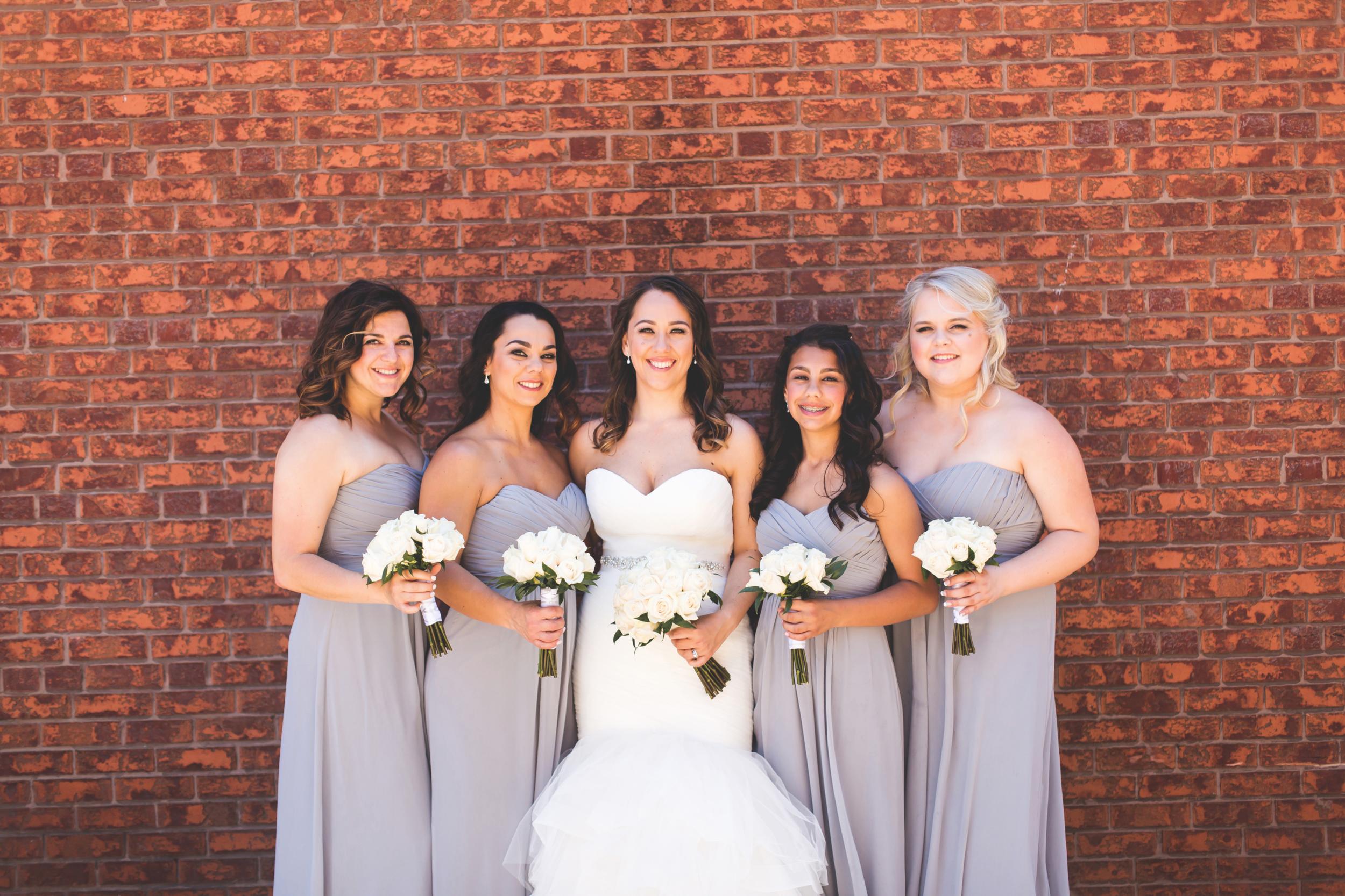 Wedding-Harbour-Banquet-Center-Oakville-Photographer-Wedding-Hamilton-Saint-James-Espresso-Downtown-HamOnt-GTA-Niagara-Toronto-Moments-by-Lauren-Photography-Photo-Image-38.png