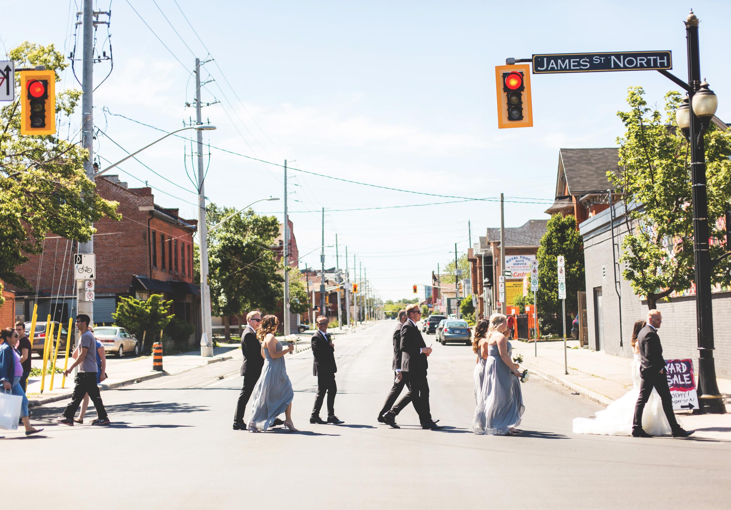 Wedding-Harbour-Banquet-Center-Oakville-Photographer-Wedding-Hamilton-Saint-James-Espresso-Downtown-HamOnt-GTA-Niagara-Toronto-Moments-by-Lauren-Photography-Photo-Image-40.png