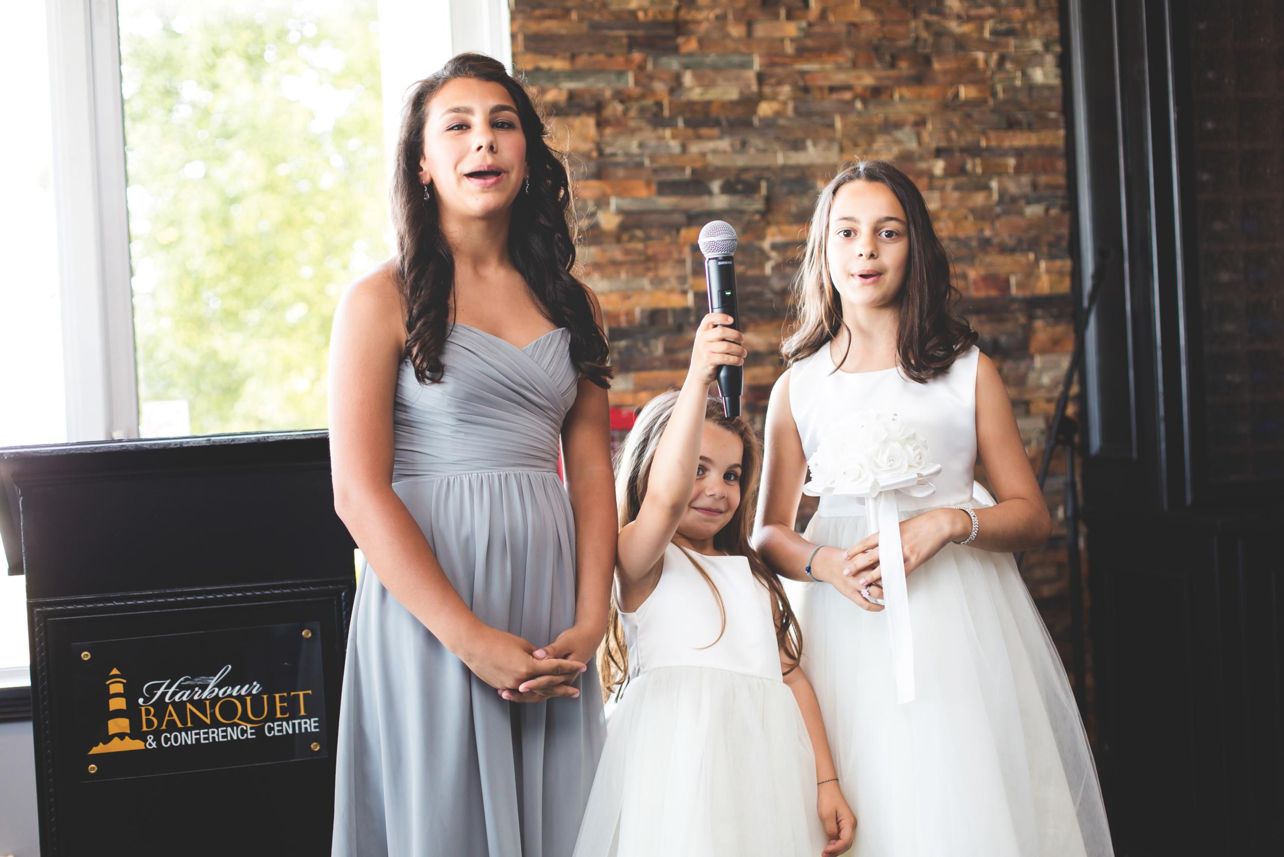 Wedding-Harbour-Banquet-Center-Oakville-Photographer-Wedding-Hamilton-Saint-James-Espresso-Downtown-HamOnt-GTA-Niagara-Toronto-Moments-by-Lauren-Photography-Photo-Image-58.png