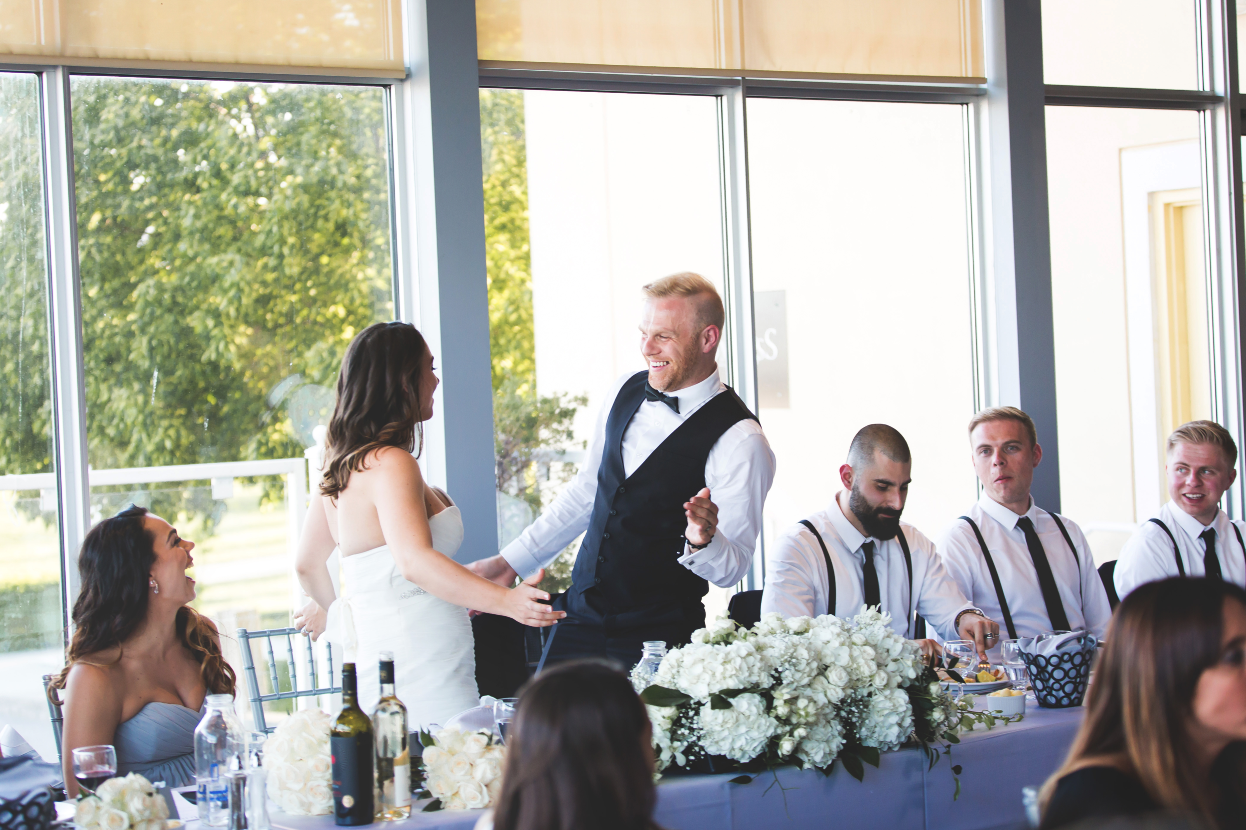 Wedding-Harbour-Banquet-Center-Oakville-Photographer-Wedding-Hamilton-Saint-James-Espresso-Downtown-HamOnt-GTA-Niagara-Toronto-Moments-by-Lauren-Photography-Photo-Image-62.png