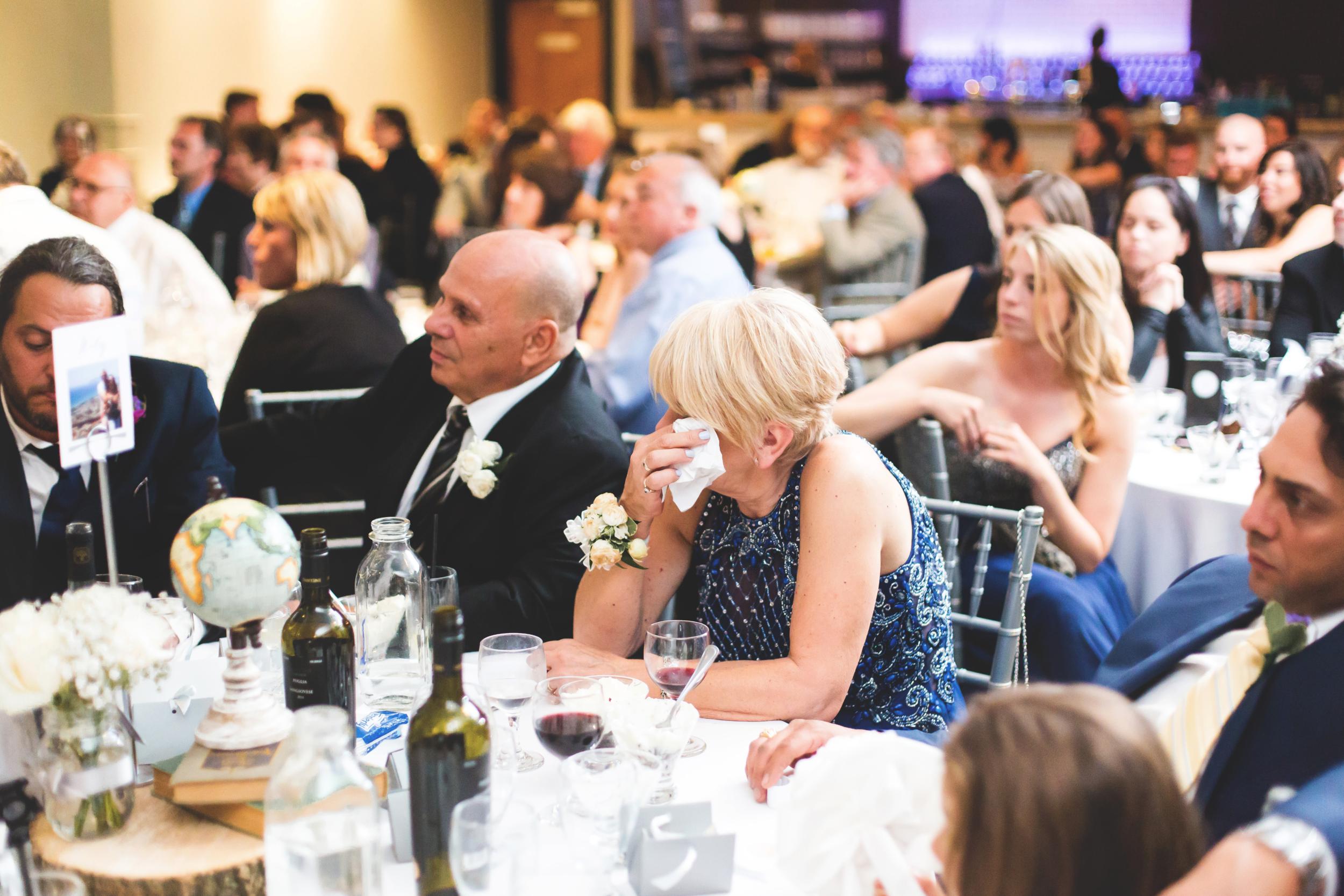 Wedding-Harbour-Banquet-Center-Oakville-Photographer-Wedding-Hamilton-Saint-James-Espresso-Downtown-HamOnt-GTA-Niagara-Toronto-Moments-by-Lauren-Photography-Photo-Image-79.png