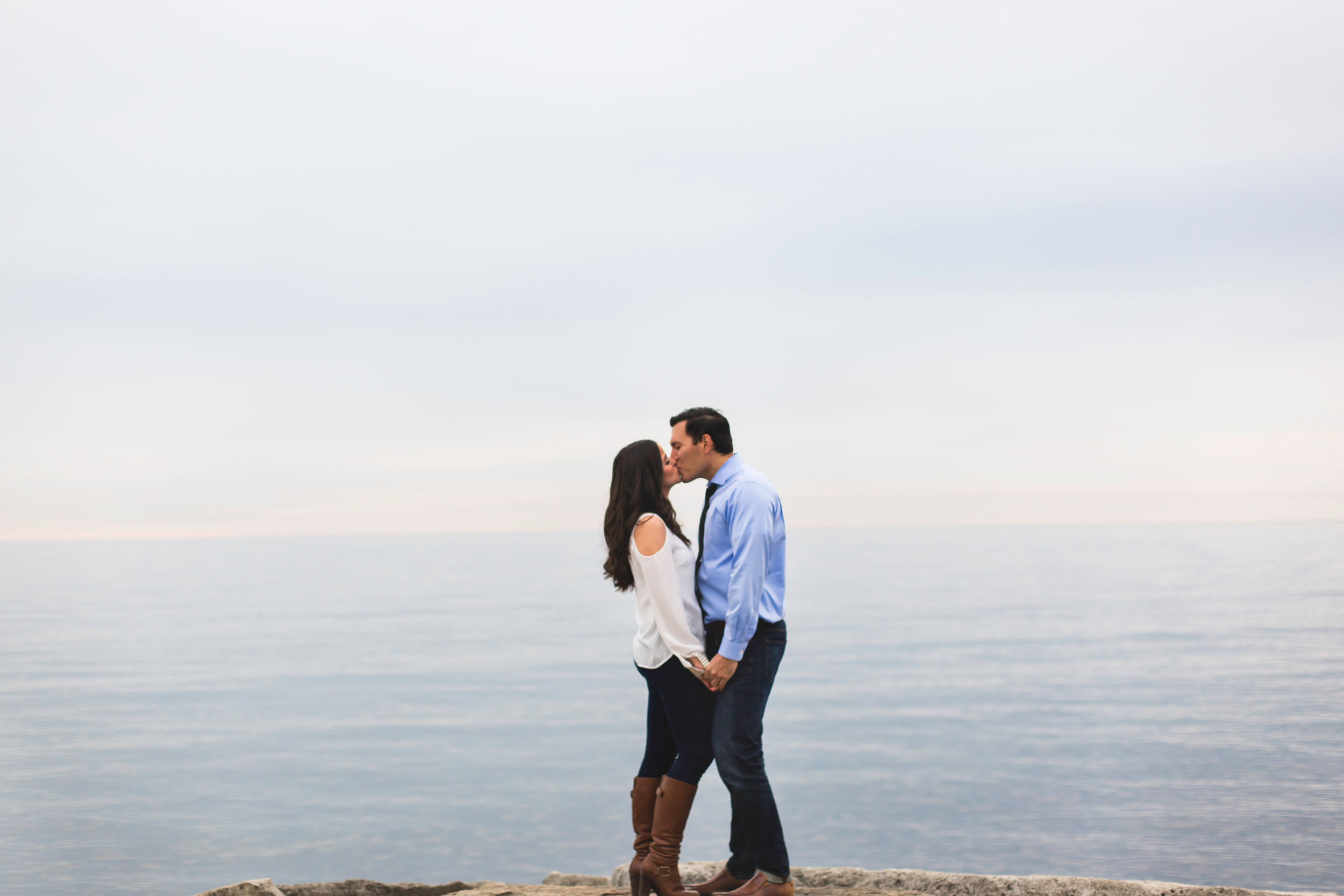 Engagement-Photography-Toronto-Skyline-City-Waterfront-HumberBay-Hamilton-Burlington-Oakville-Niagara-Toronto-Wedding-Photographer-Photo-Image-5.png