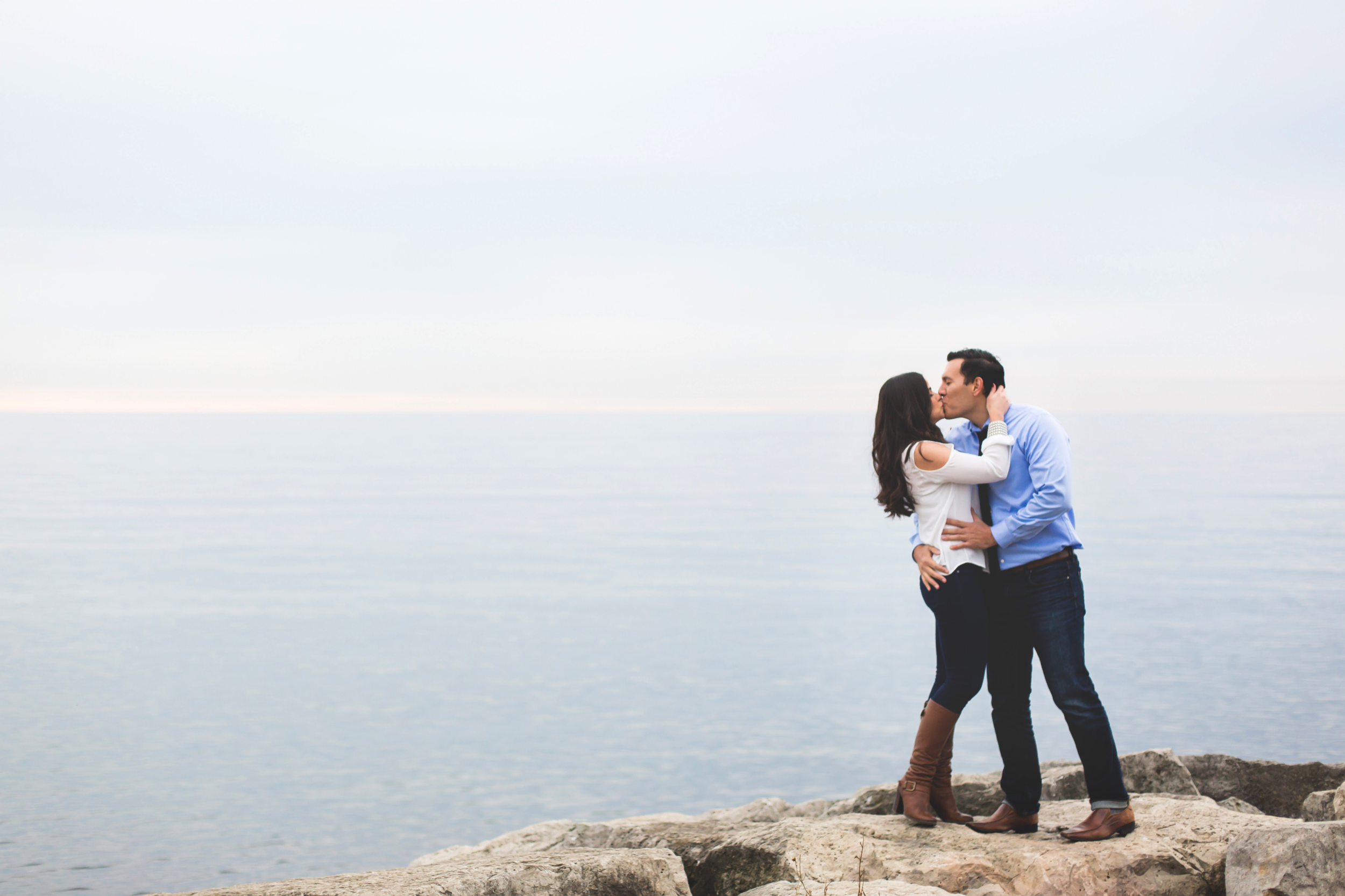 Engagement-Photography-Toronto-Skyline-City-Waterfront-HumberBay-Hamilton-Burlington-Oakville-Niagara-Toronto-Wedding-Photographer-Photo-Image-7.png
