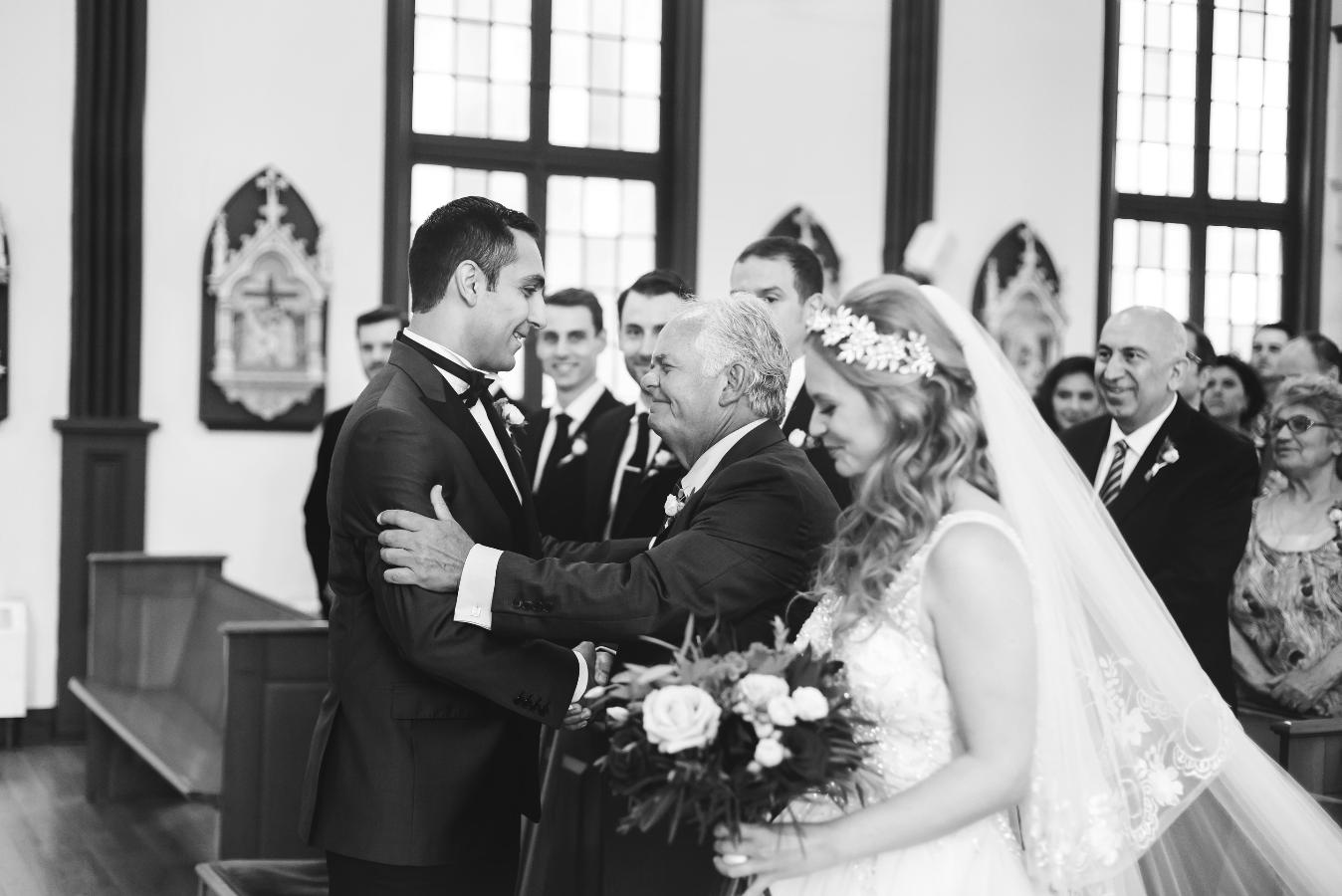 Moments-by-Lauren-Hamilton-Toronto-Niagara-Wedding-Photographer-Genuine-Emotional-Images-Photo-6.png