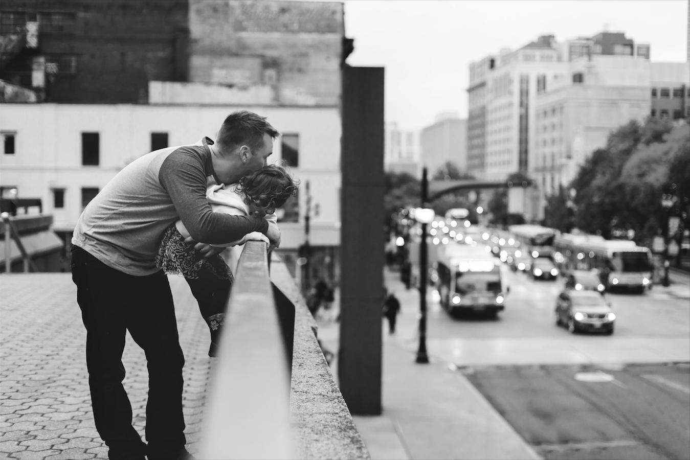 Moments-by-Lauren-Hamilton-Toronto-Niagara-Wedding-Photographer-Genuine-Emotional-Images-Photo-7.png