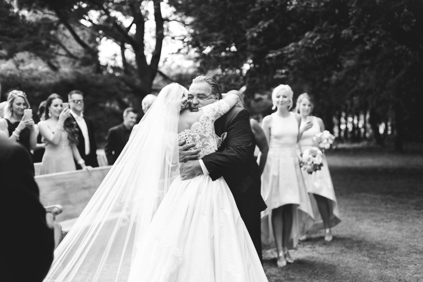 Moments-by-Lauren-Hamilton-Toronto-Niagara-Wedding-Photographer-Genuine-Emotional-Images-Photo-8.png