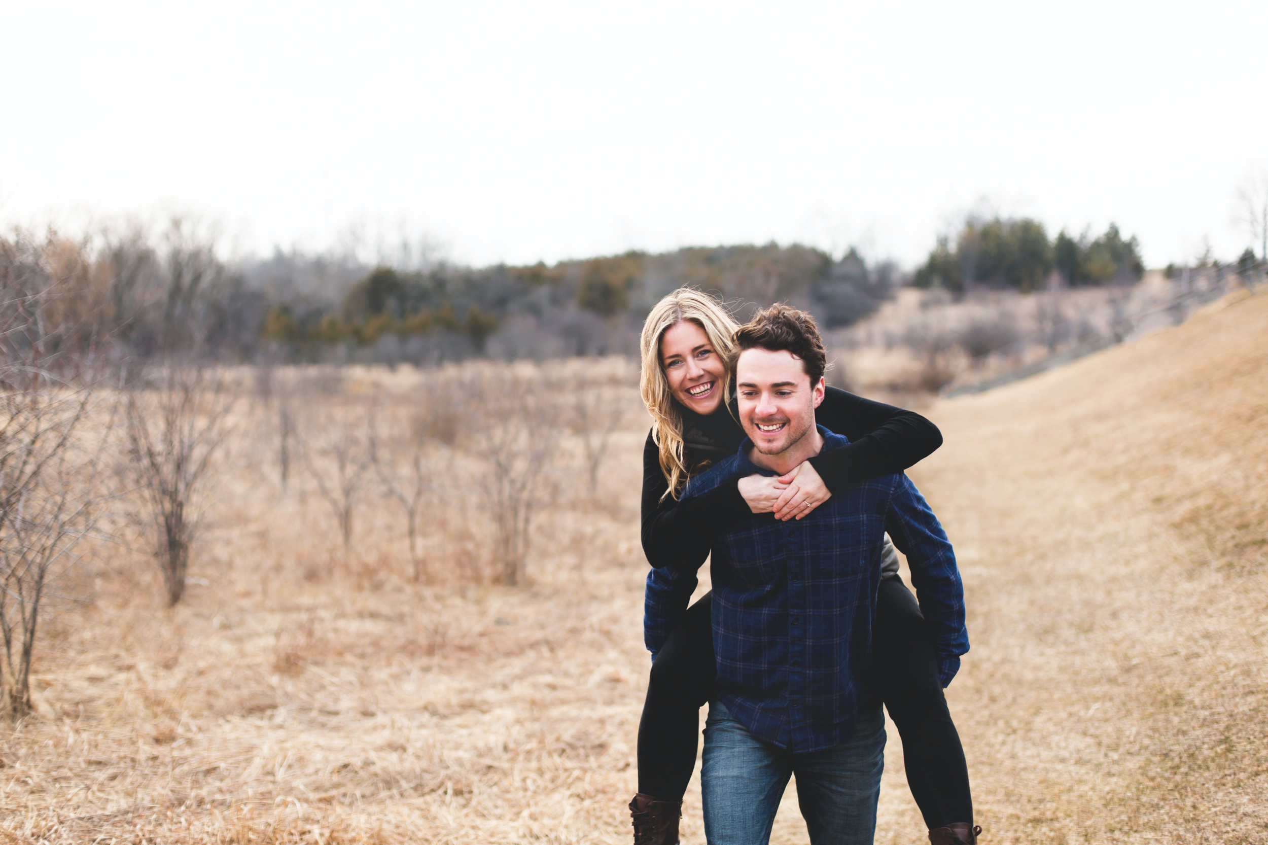 Engagement-Session-Photographer-Guelph-Lake-Hamilton-Toronto-Niagara-Photography-Moments-by-Lauren-Photo-Image-10.png