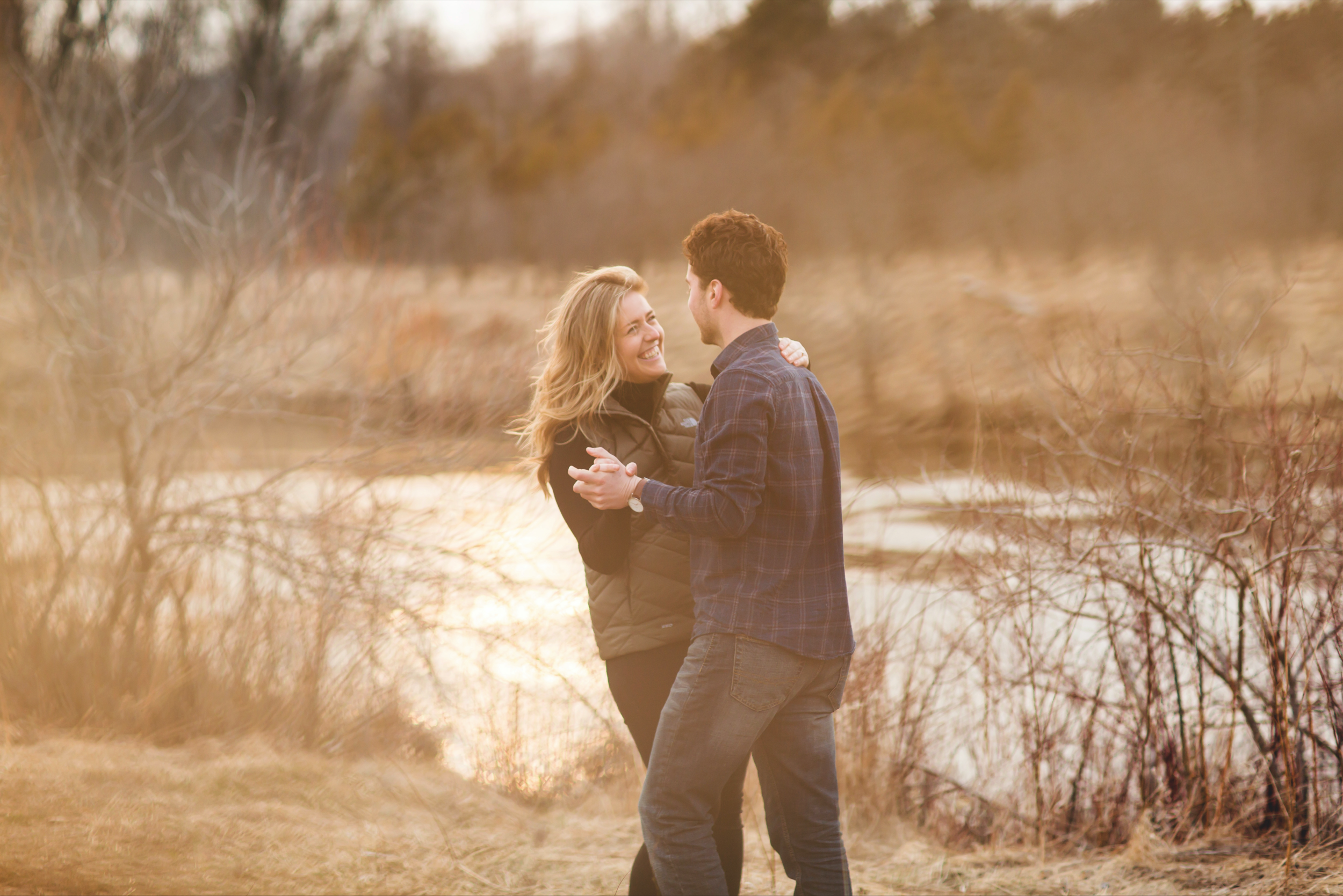 Engagement-Session-Photographer-Guelph-Lake-Hamilton-Toronto-Niagara-Photography-Moments-by-Lauren-Photo-Image-12.png