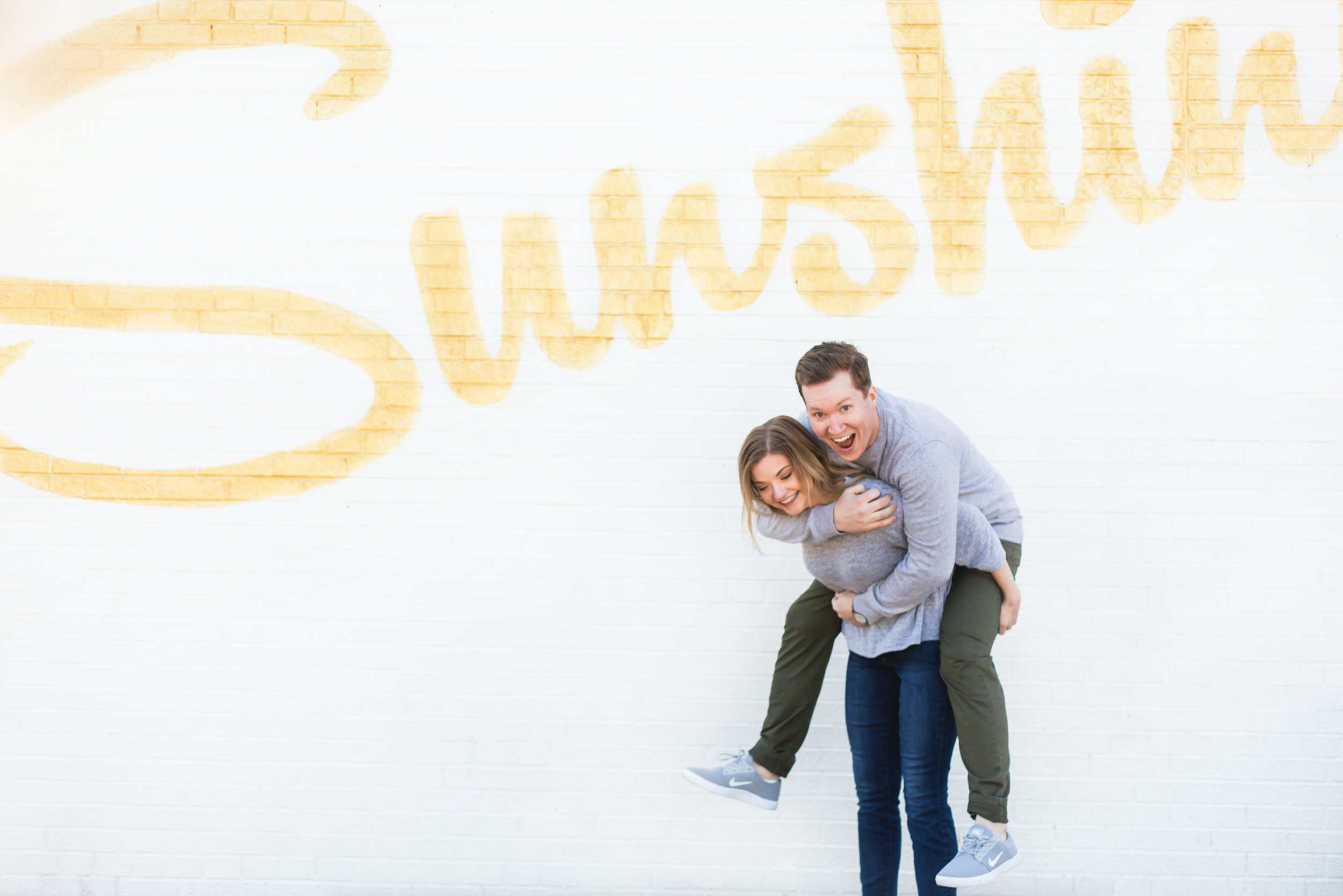 Moments-by-Lauren-Engagement-Session-Waterfront-Burlington-Hamilton-Wedding-Photographer-Sunshine-Donuts-Engaged-Photo-Image-22.png