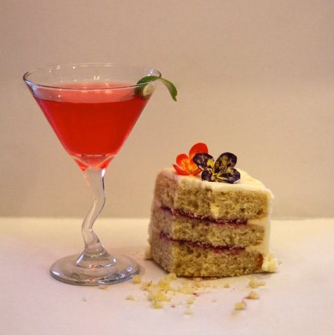 The Cosmopolitan cake that started it all.
