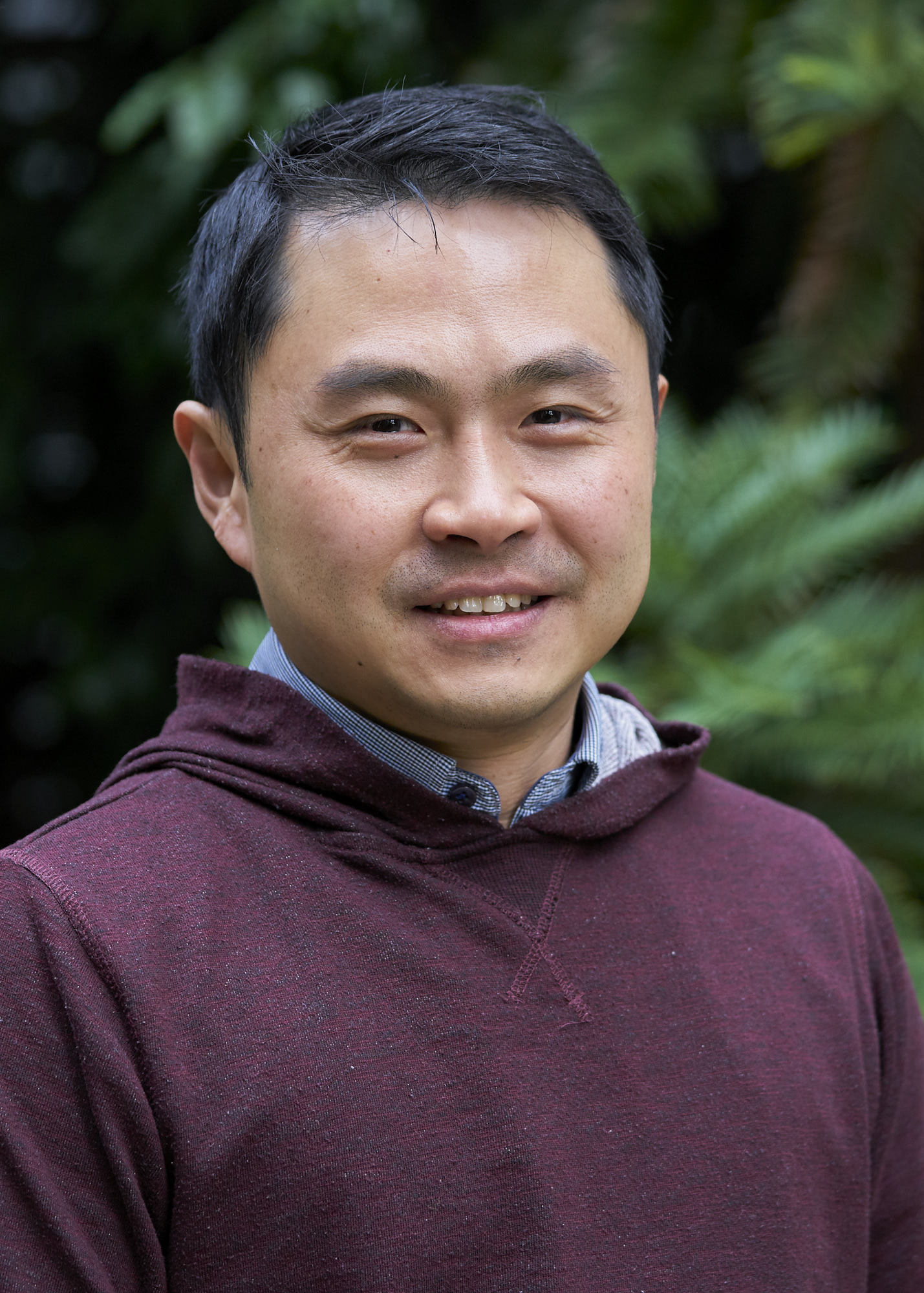 Chris Tan - Analyst/Developer/Handhelds